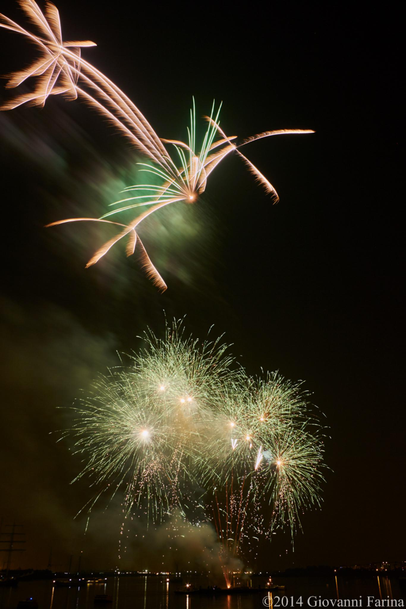 Tall Ship Festival fireworks_03 by Giovanni Farina