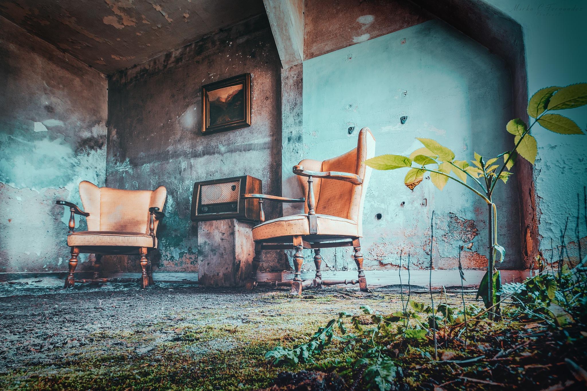 Photo in Urban #old #rotten #chair #lostplace #blicklinie