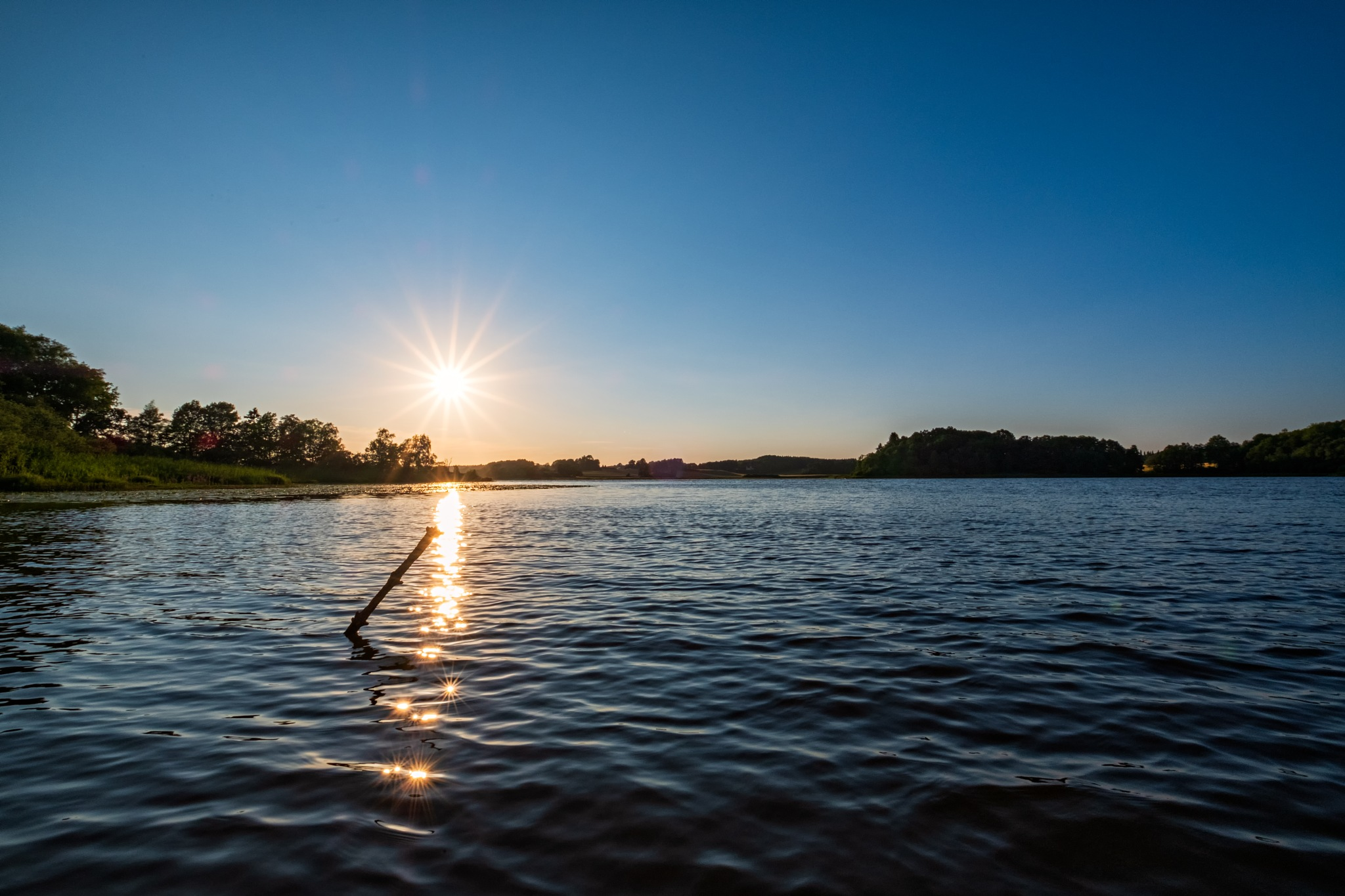 Sun reflection stars by Mikael Jakobsson