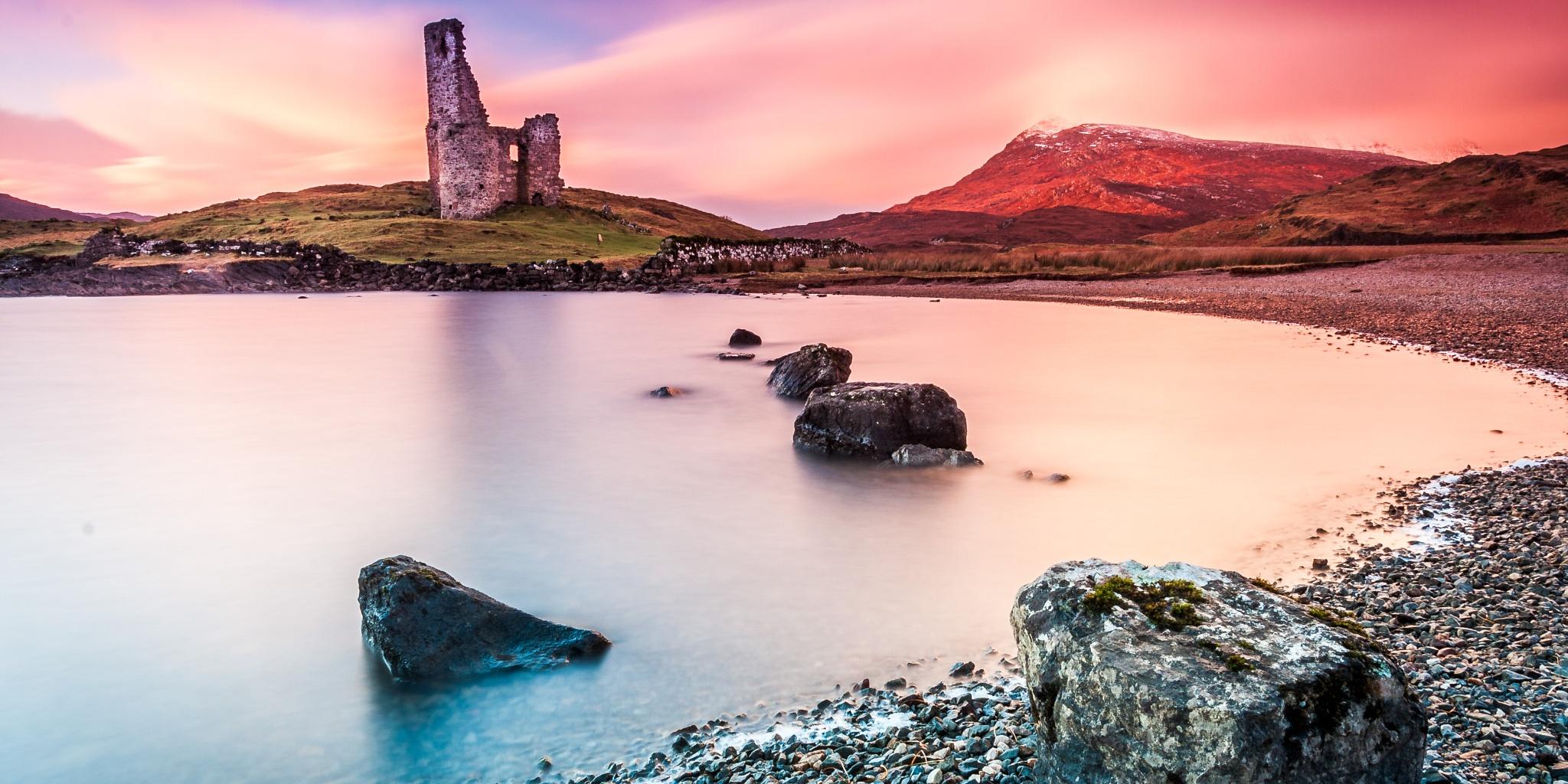 Castle Ardvreck by Iain McLean