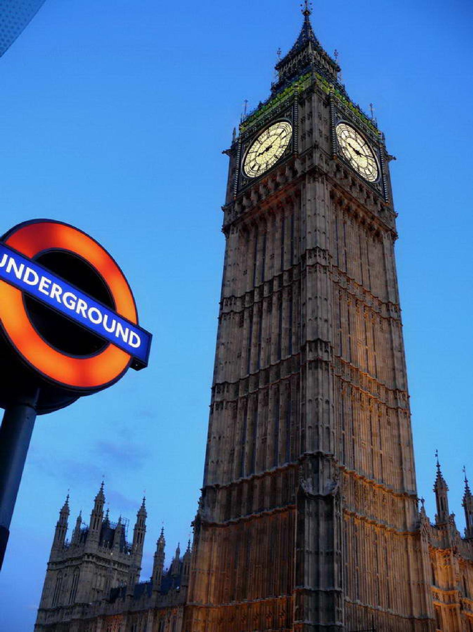 Big Ben, London, UK by E.S.O