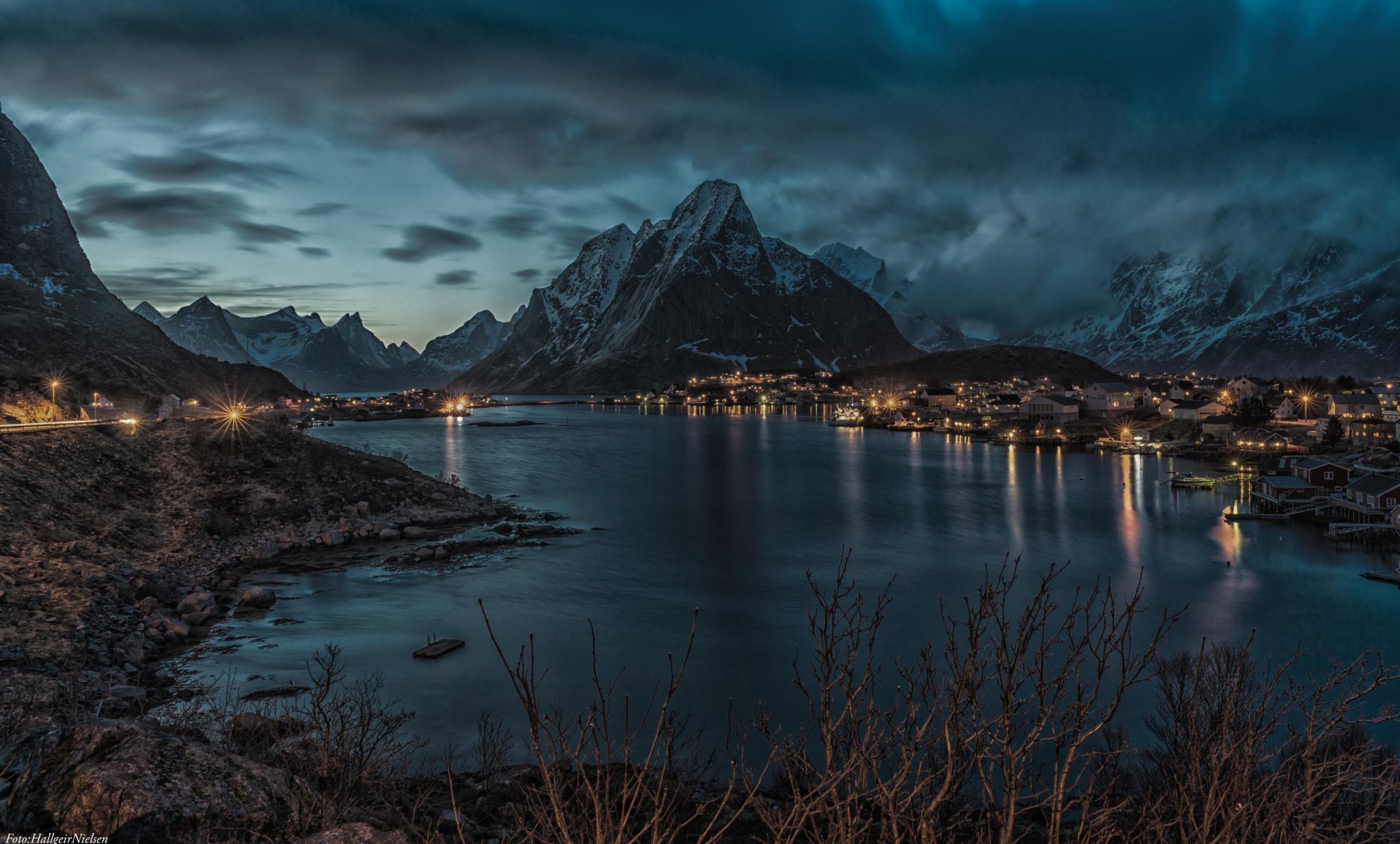 Blue hour in Reine Lofoten by Hallgeir Nielsen