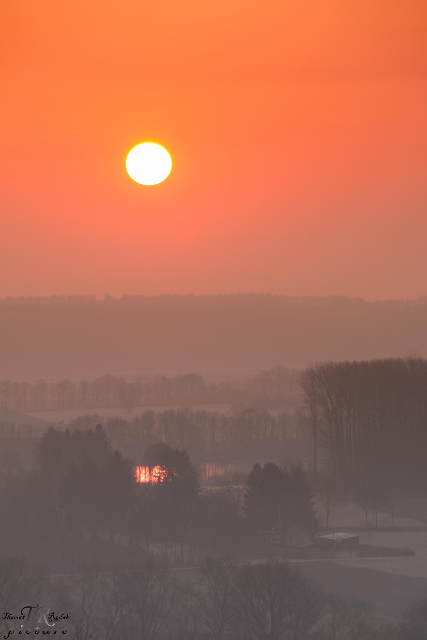 sunrise Mt. Klamot - Ausgburg by TRPicture