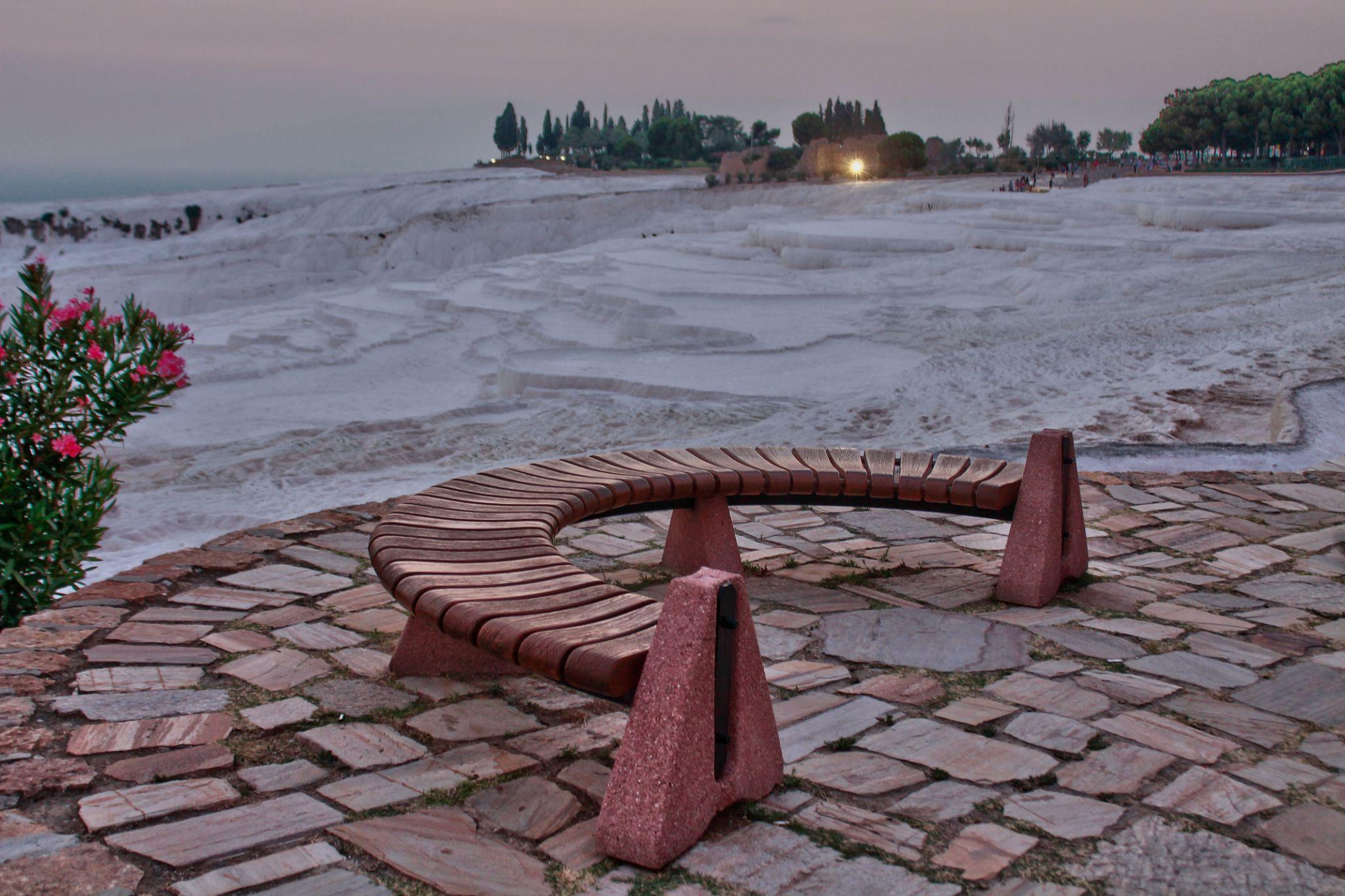 Early Evening in Pamukkale by Ayberk SOYLU