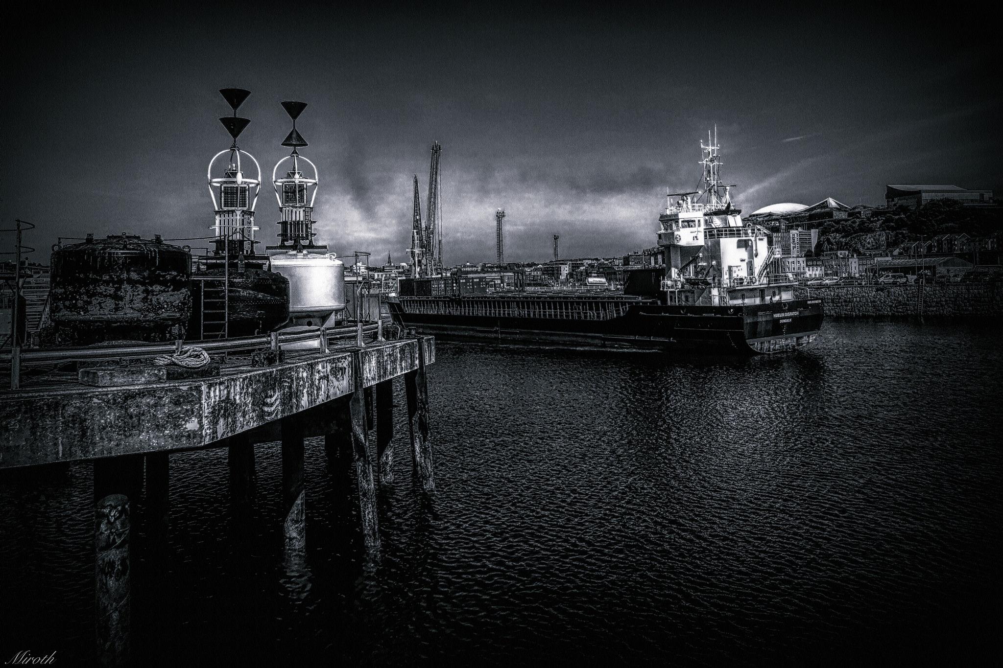 Albert Pier by miroth