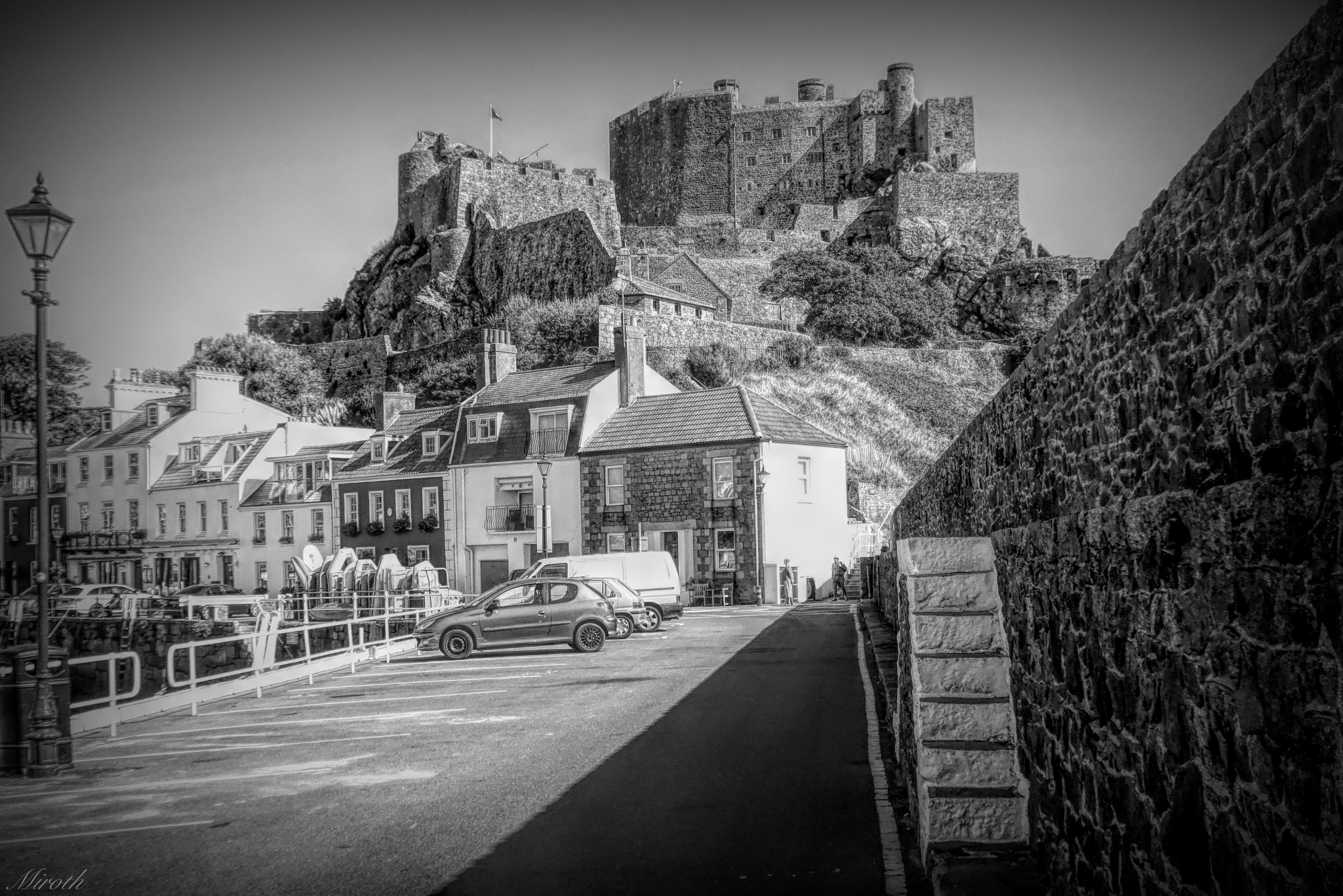 Gorey Castle BW by miroth