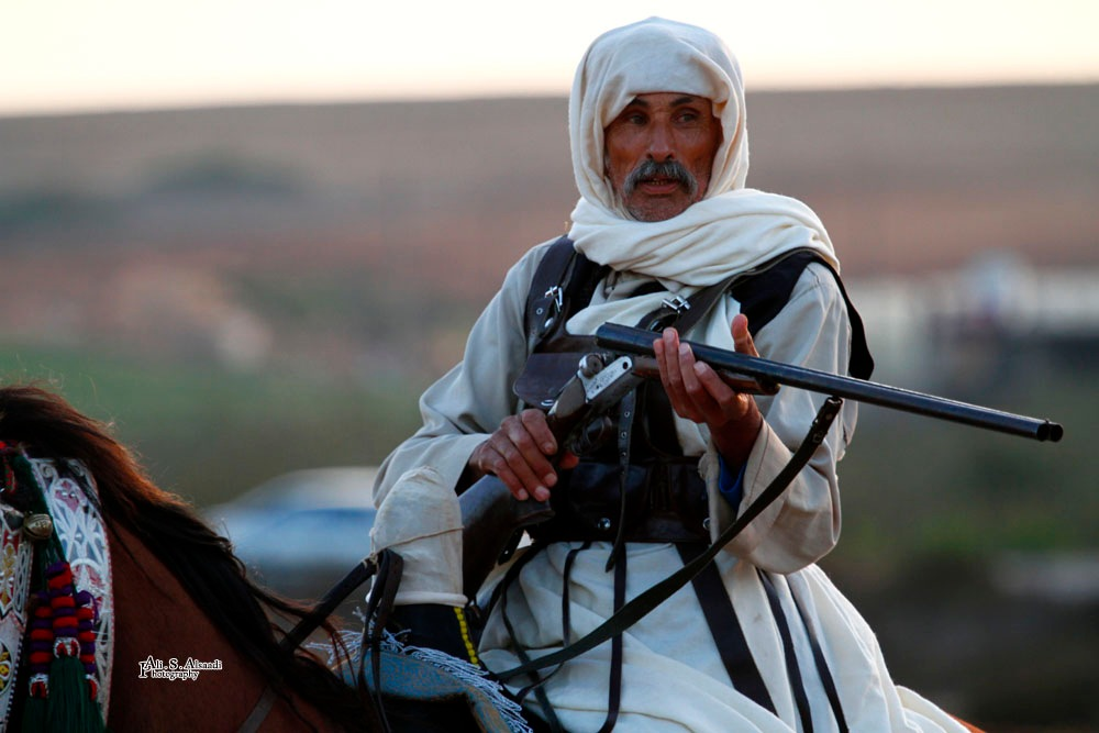 Ready to shoot by al-Saadi