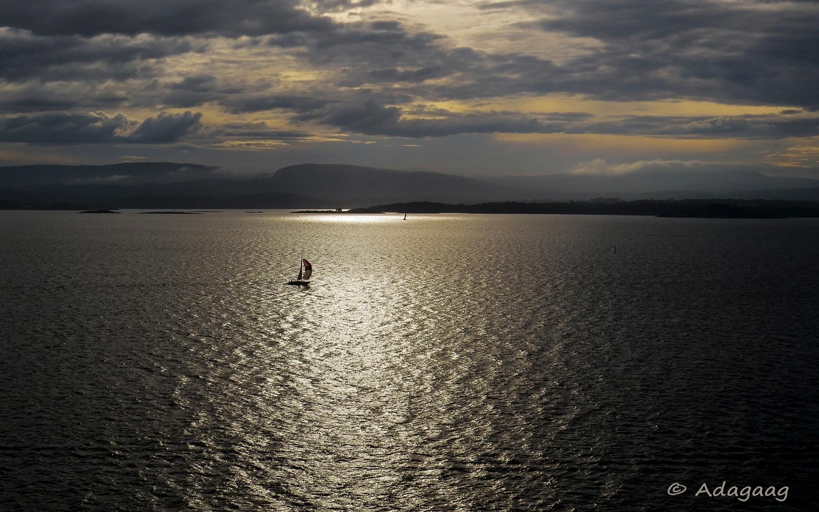 Farewell of Oslo - Vaarwel Oslo by adagaag