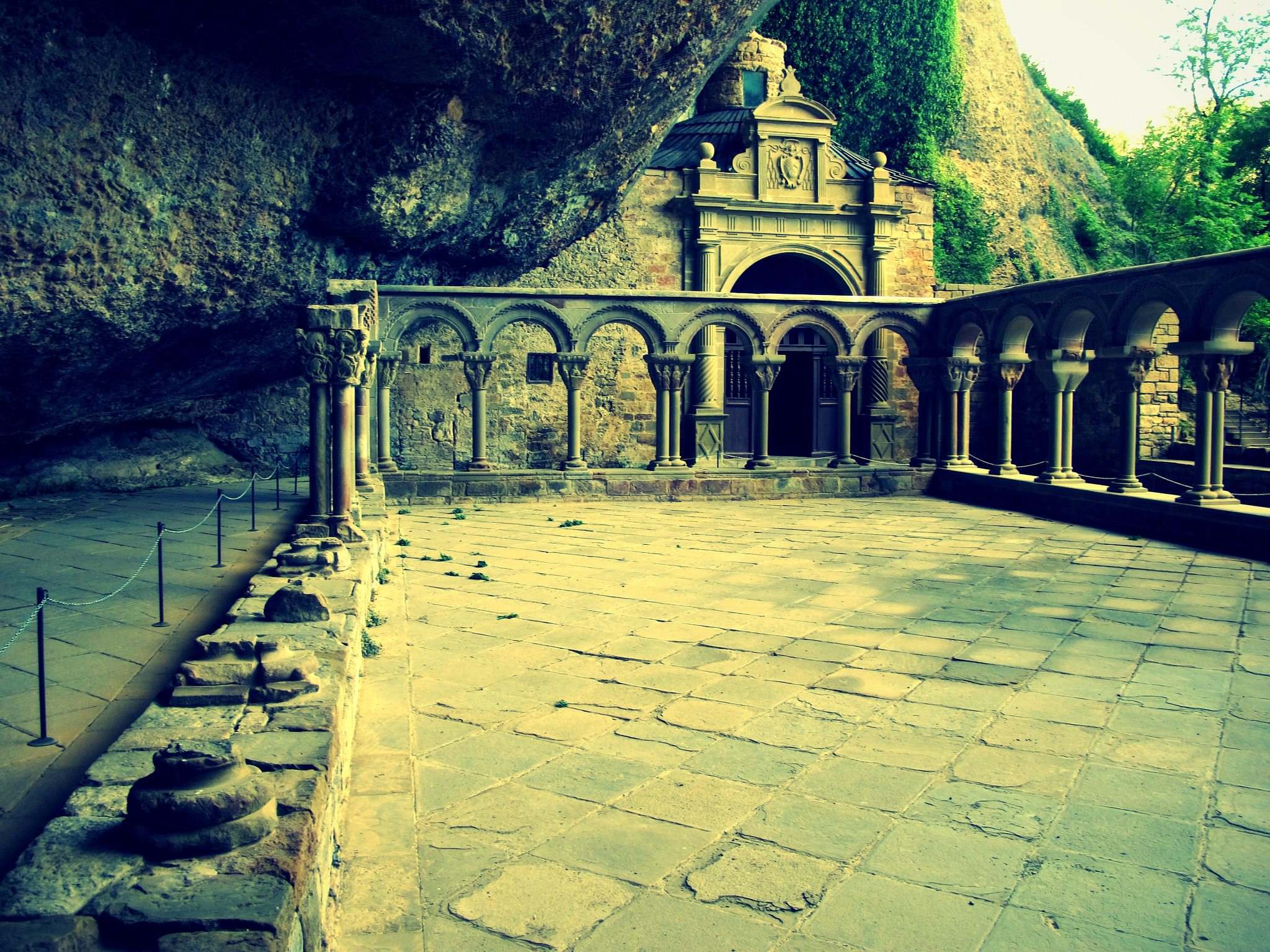 monasterio de la peña huesca by angelgarcia