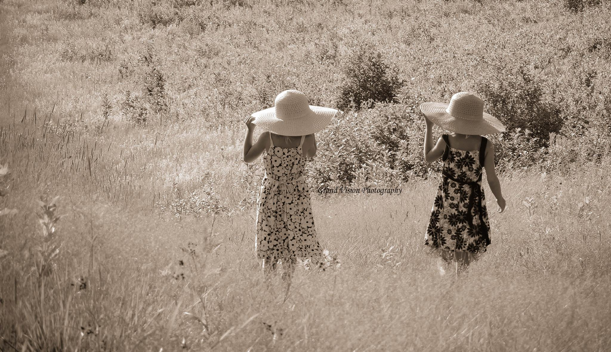 Photo in People #oldendays #field #summertime #walk