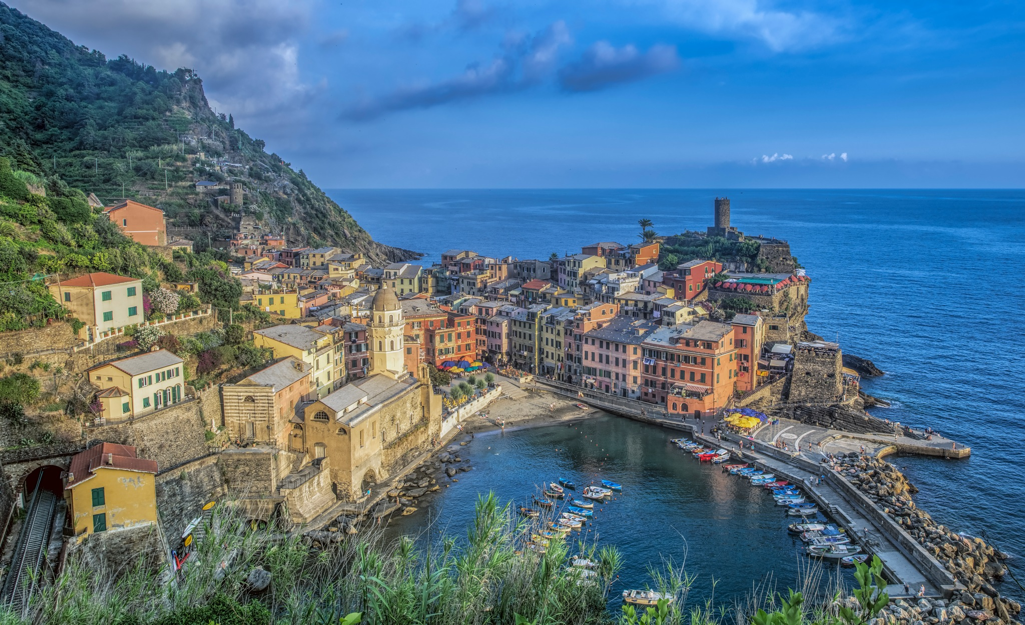 Vernazza evening by Boukes