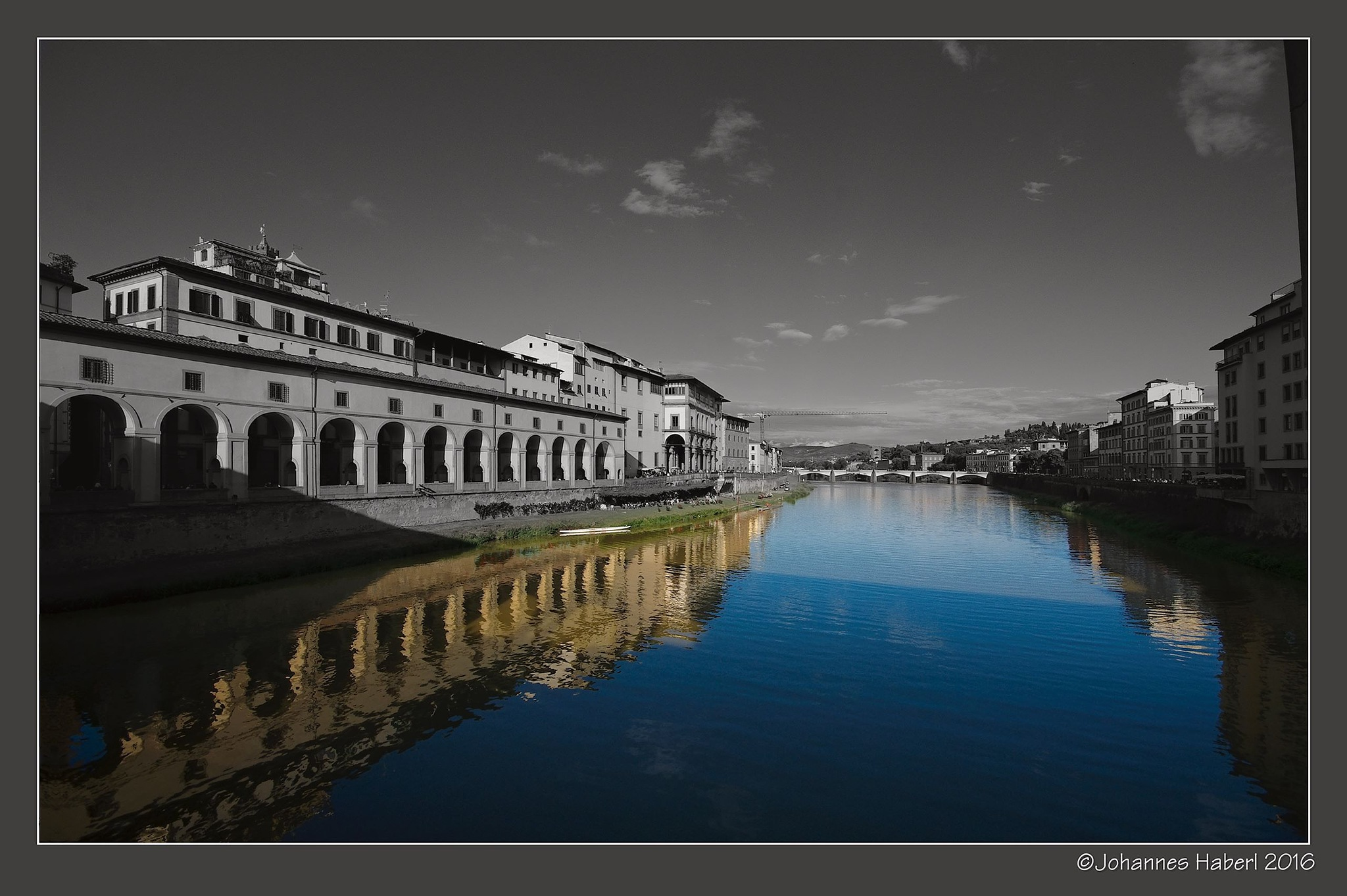 Arno - beautiful river - schöner Fluss / BW+C by Johannes Haberl