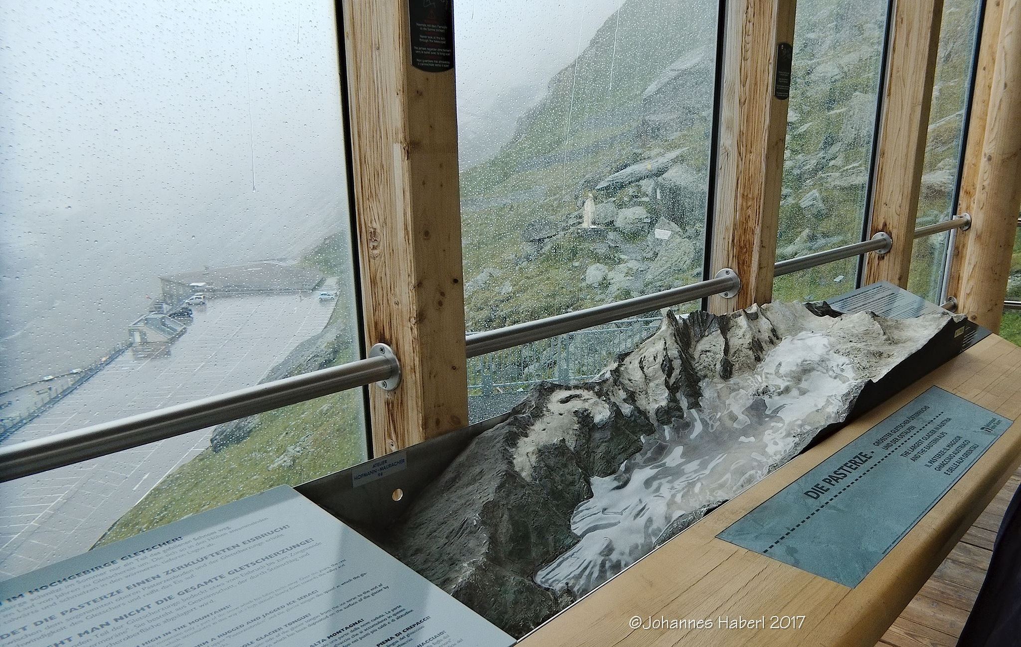 "model of glacier ""Pasterze"" by Johannes Haberl"