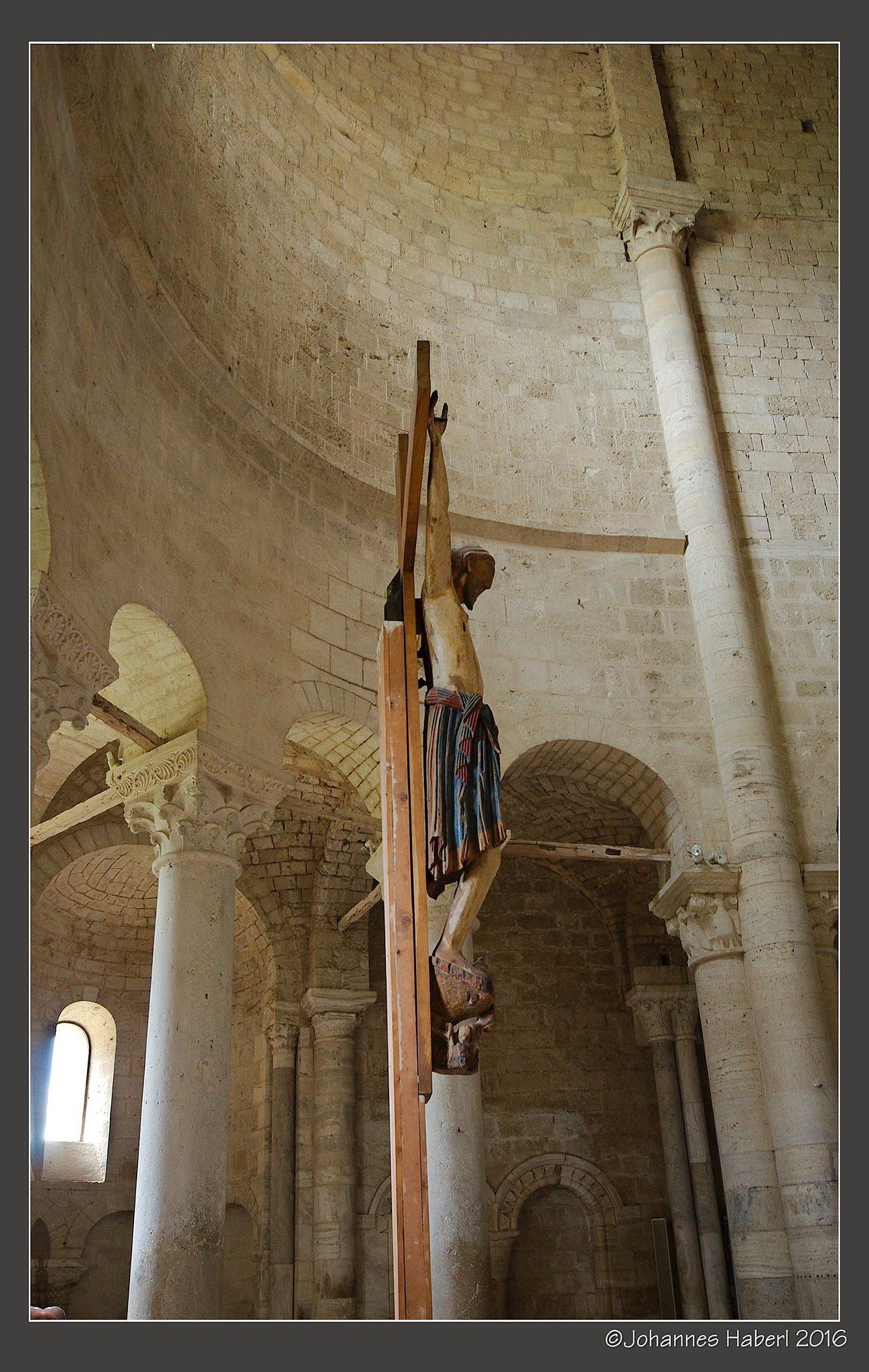 San Antimo - Cross inside by Johannes Haberl