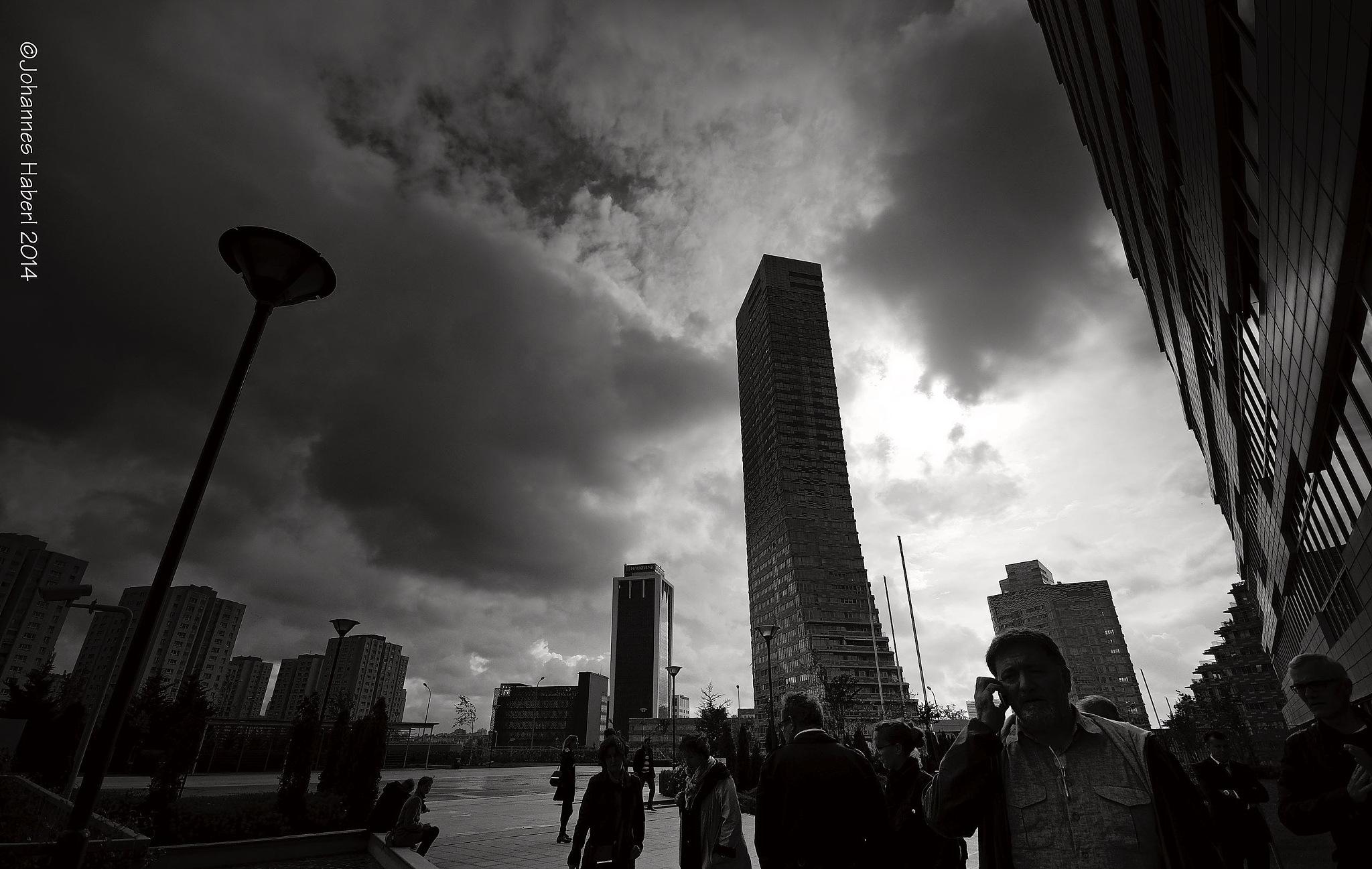 skyscraper Istanbul / B&W by Johannes Haberl