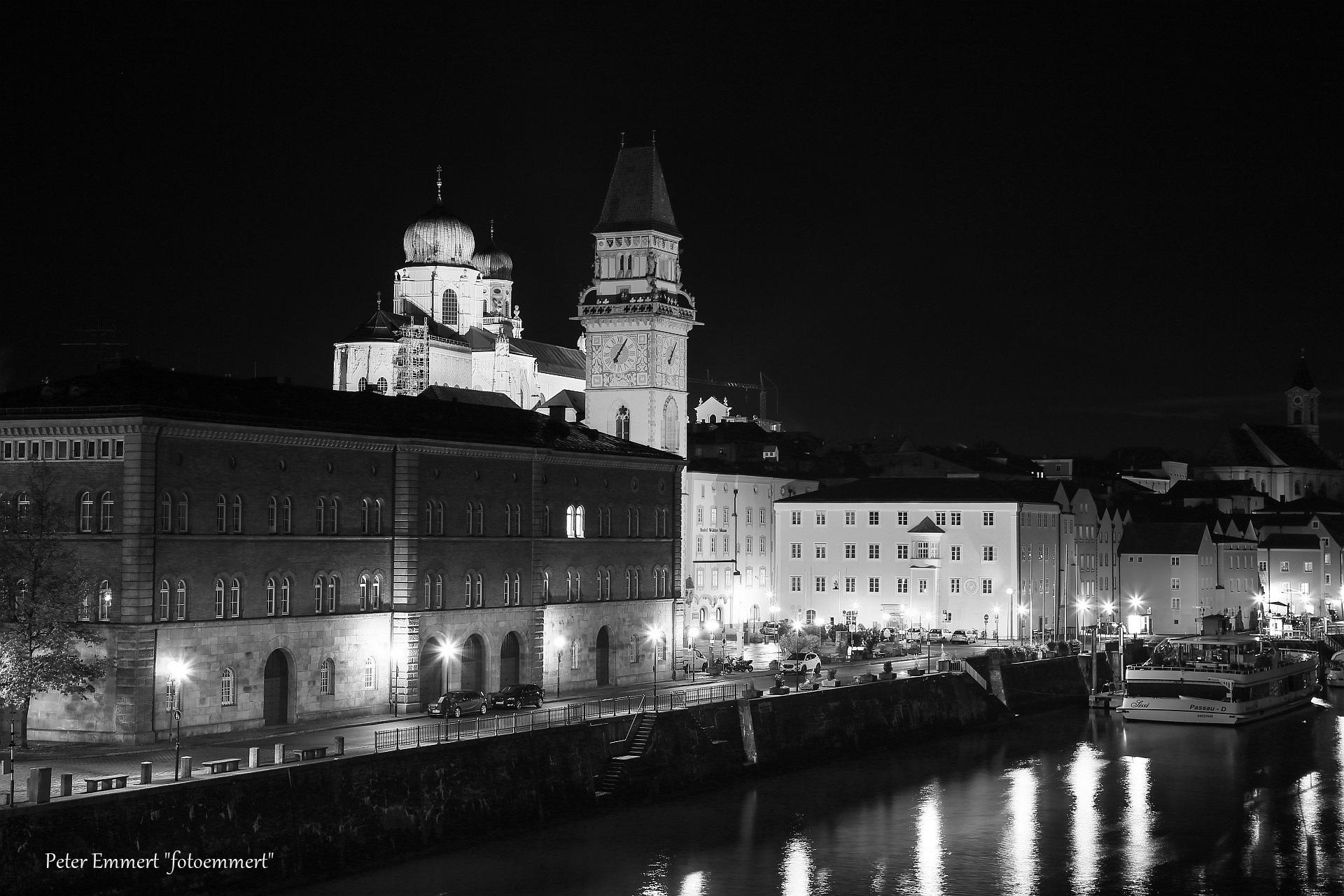 Passau an der Donau by Peter Emmert