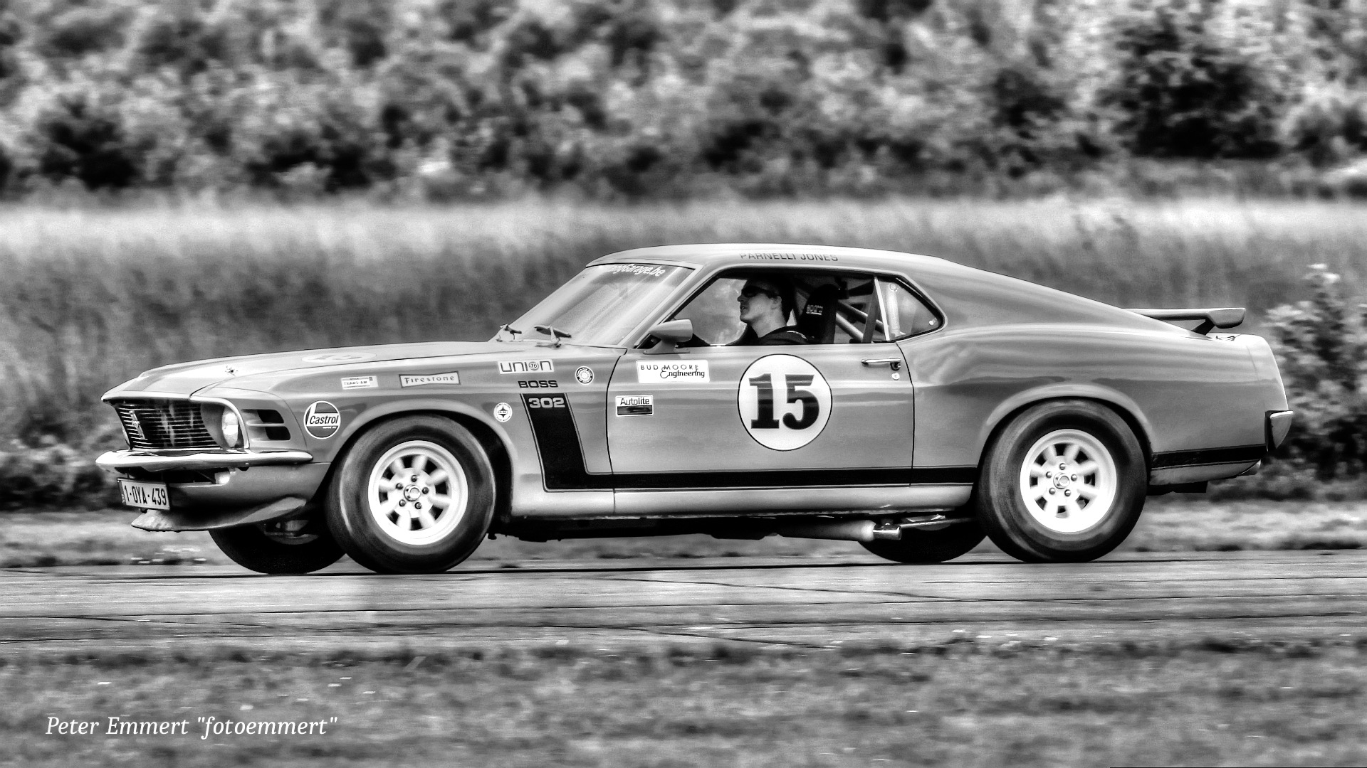 Ford Mustang by Peter Emmert