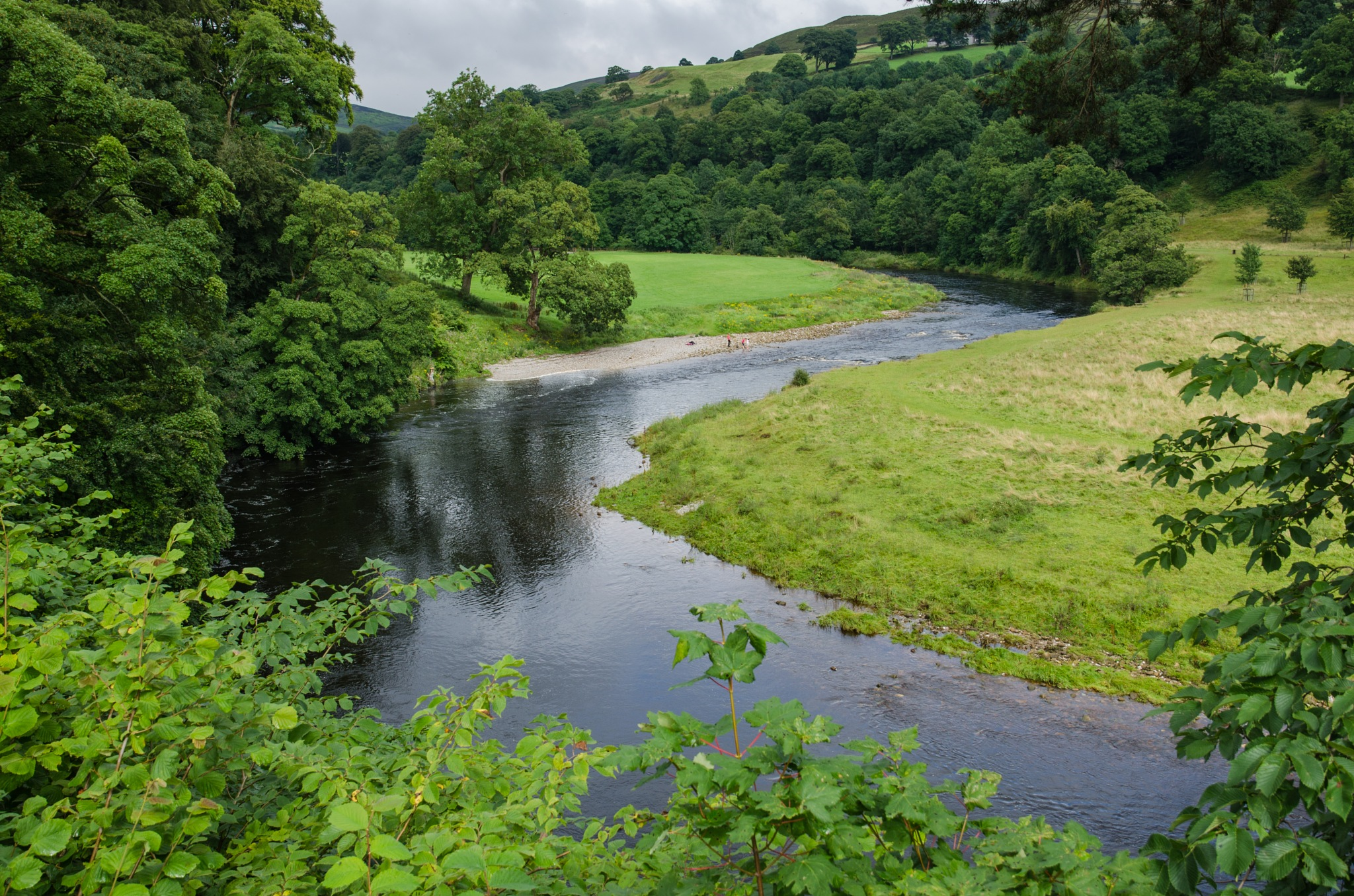 River Wharfe at Bolton Abbey by bfstubbs