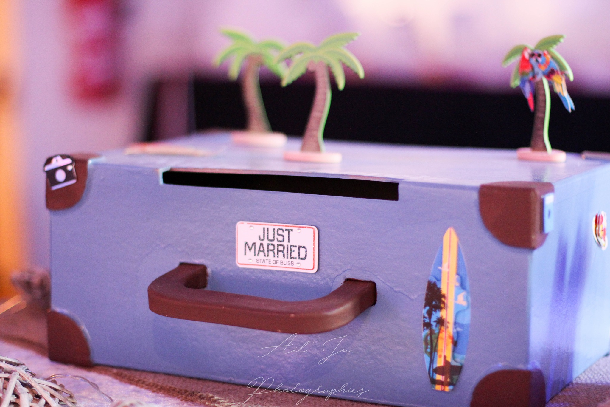 Just married by Julia Robresco