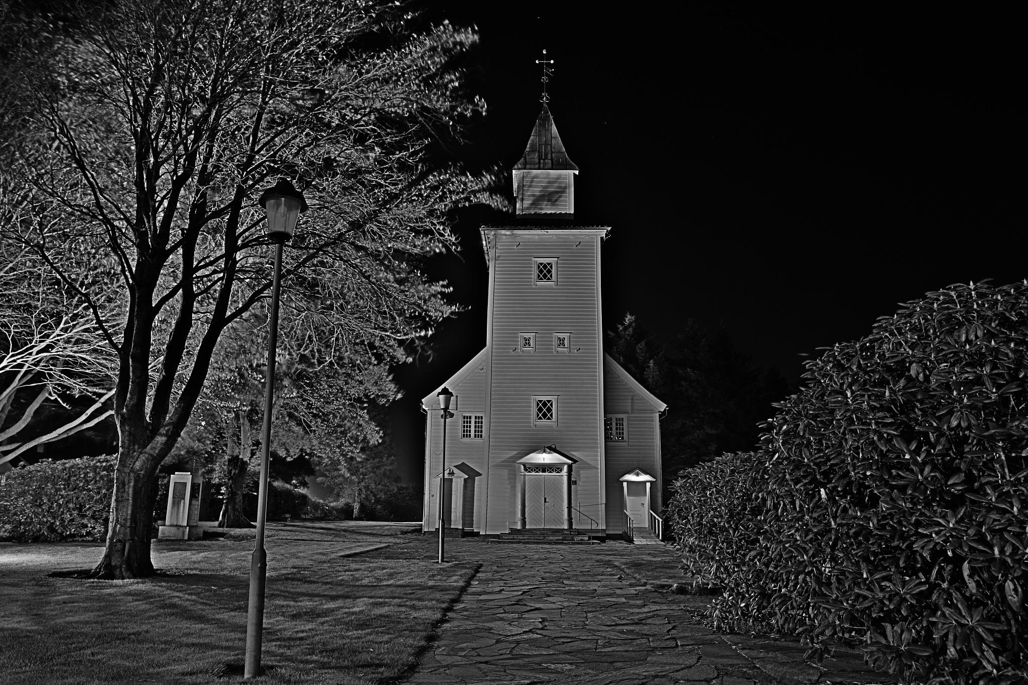 Gods house. by Baard Groedeland