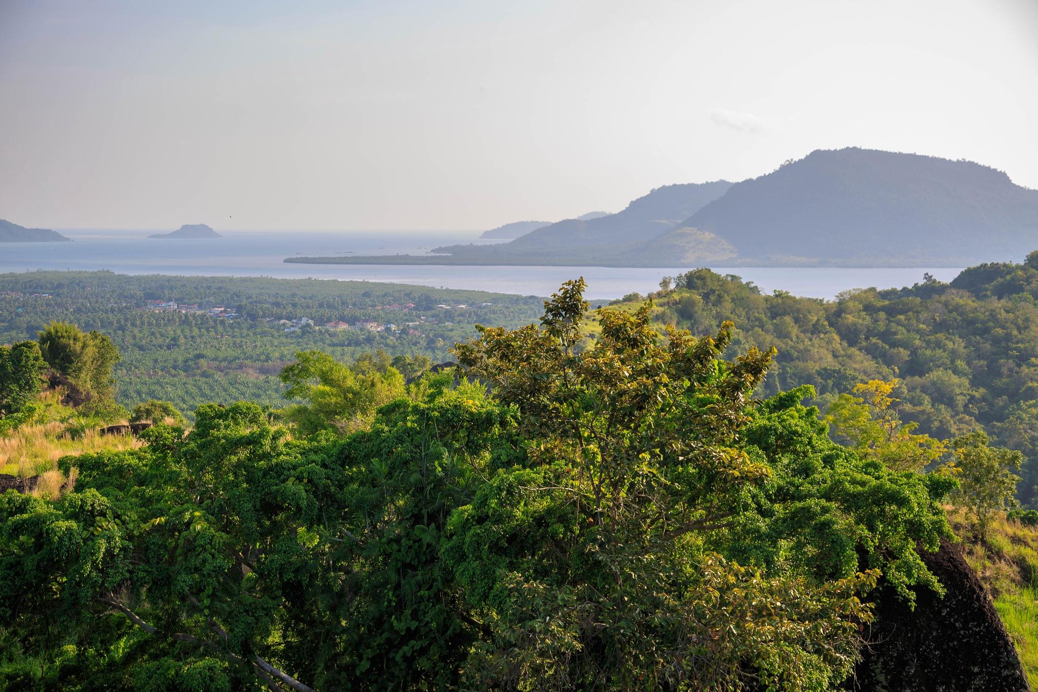 Bukit Tangkorak by Daimasara Pimpilemba
