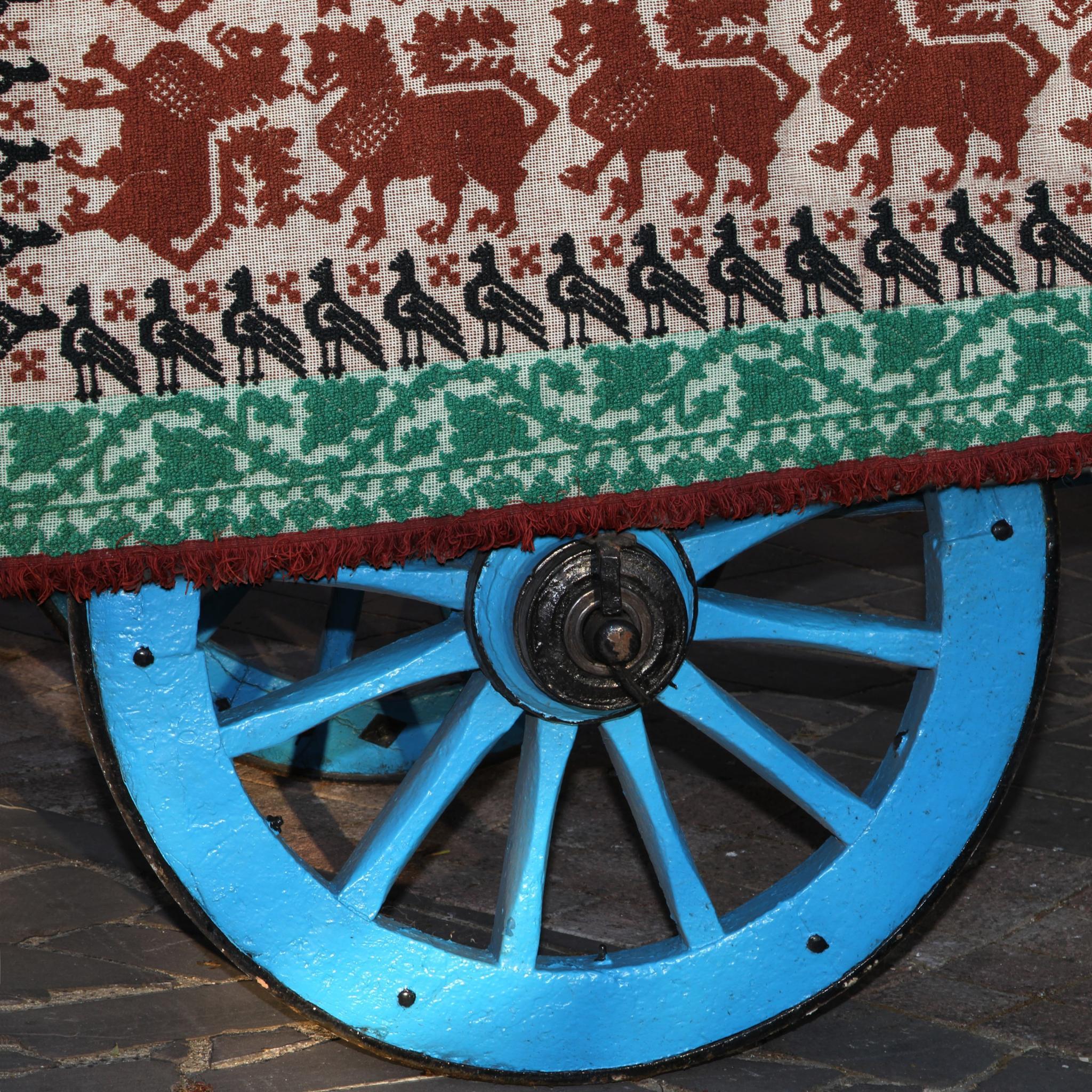 Wagon Wheel by Edos Foto Orroli