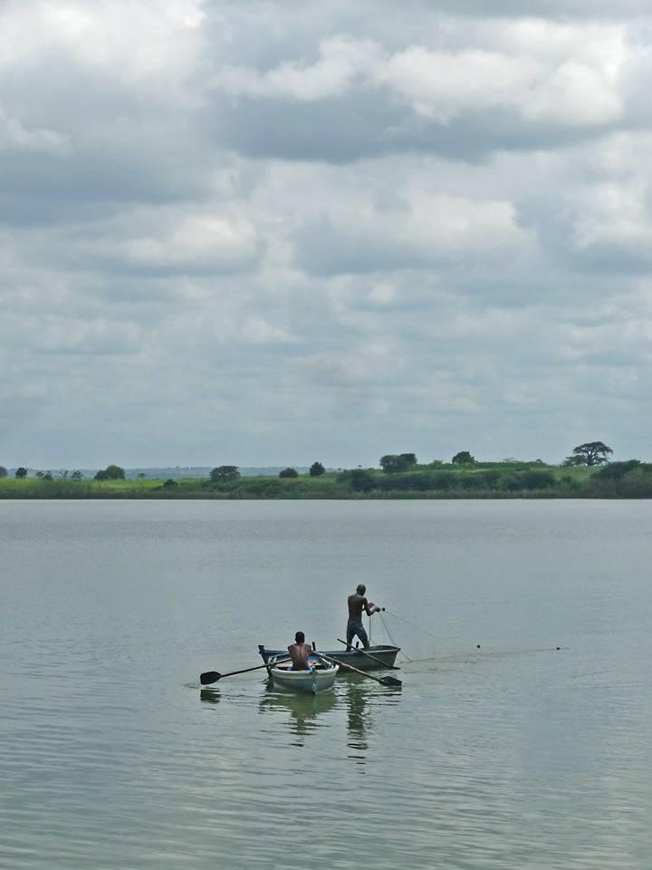 Pescadores by Paulo Alexandre Alves