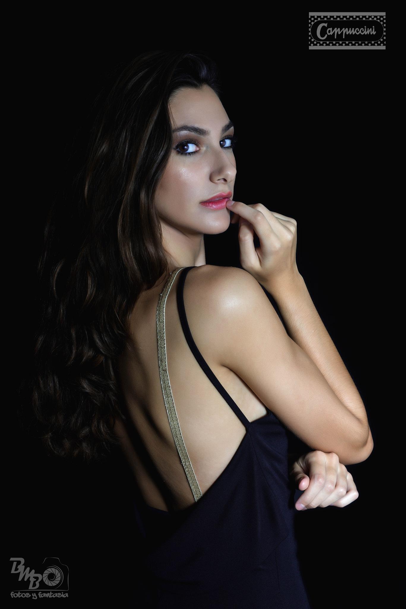 Beauty dark portrait by Biel_Moragues