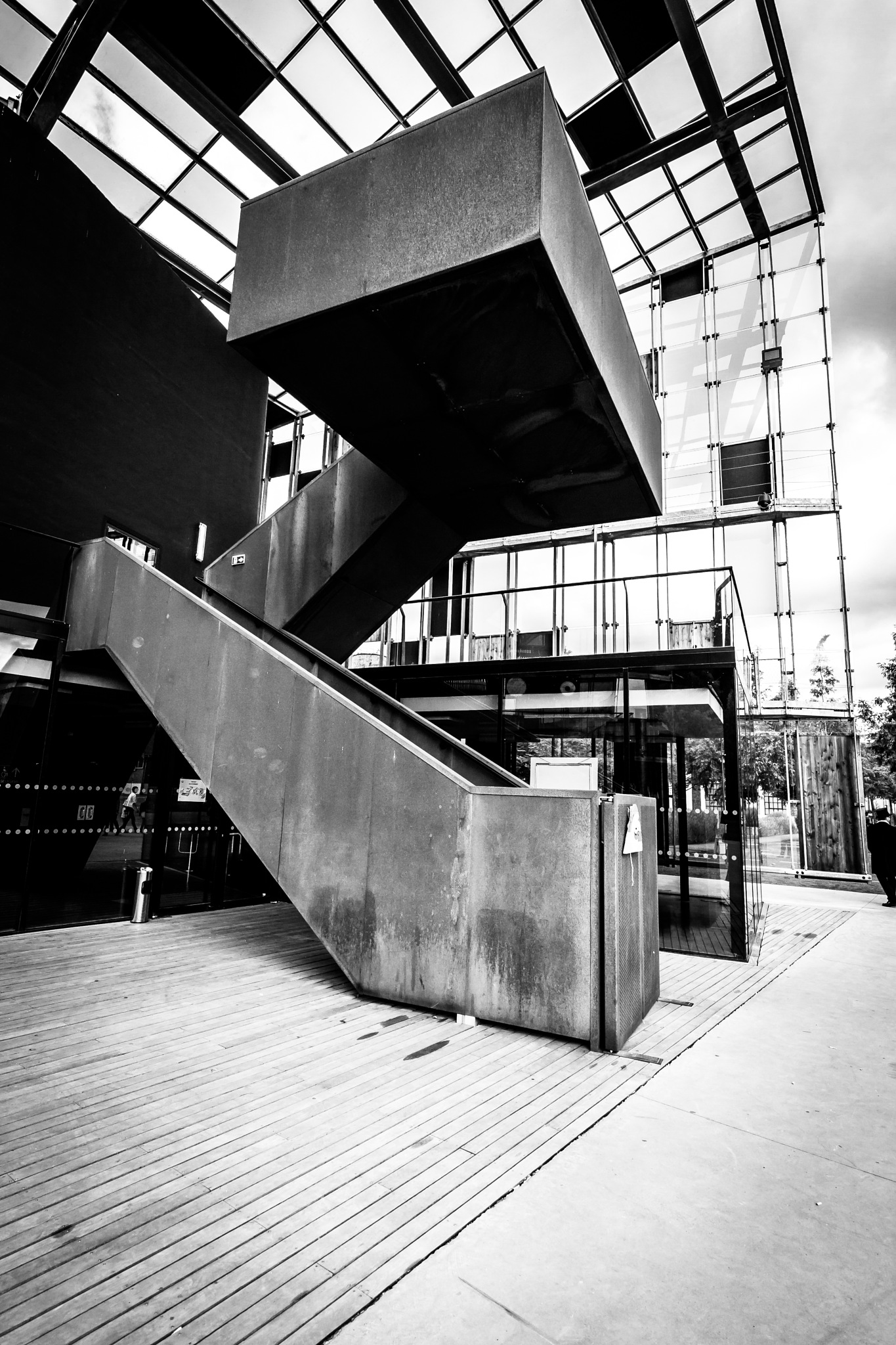 Upstairs to no way by Fabrice Mouille