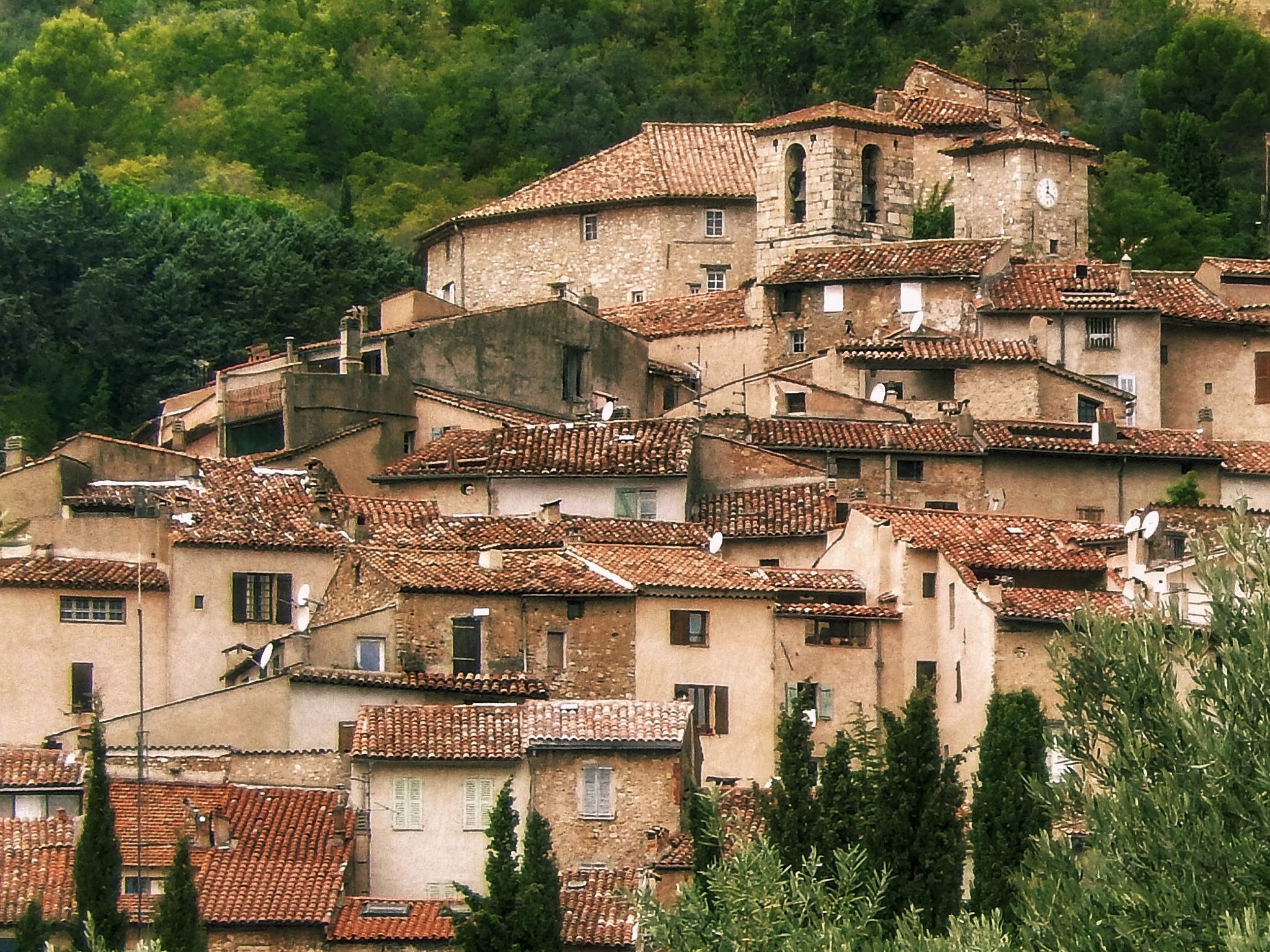 Terracotta roofs  by Jackie06