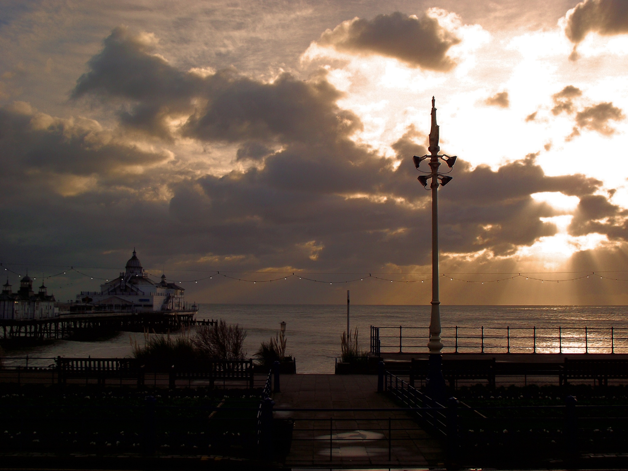 Morning in Eastbourne.. by Paul Collins