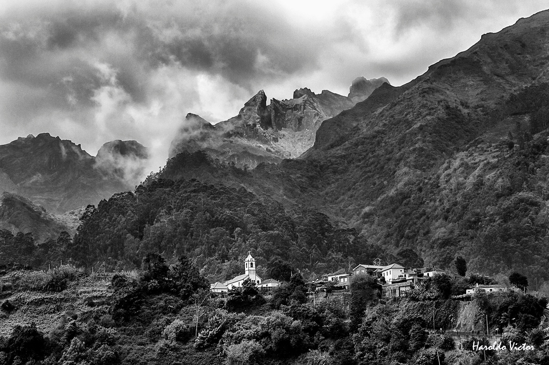 Church in the mountains by Haroldo Victor