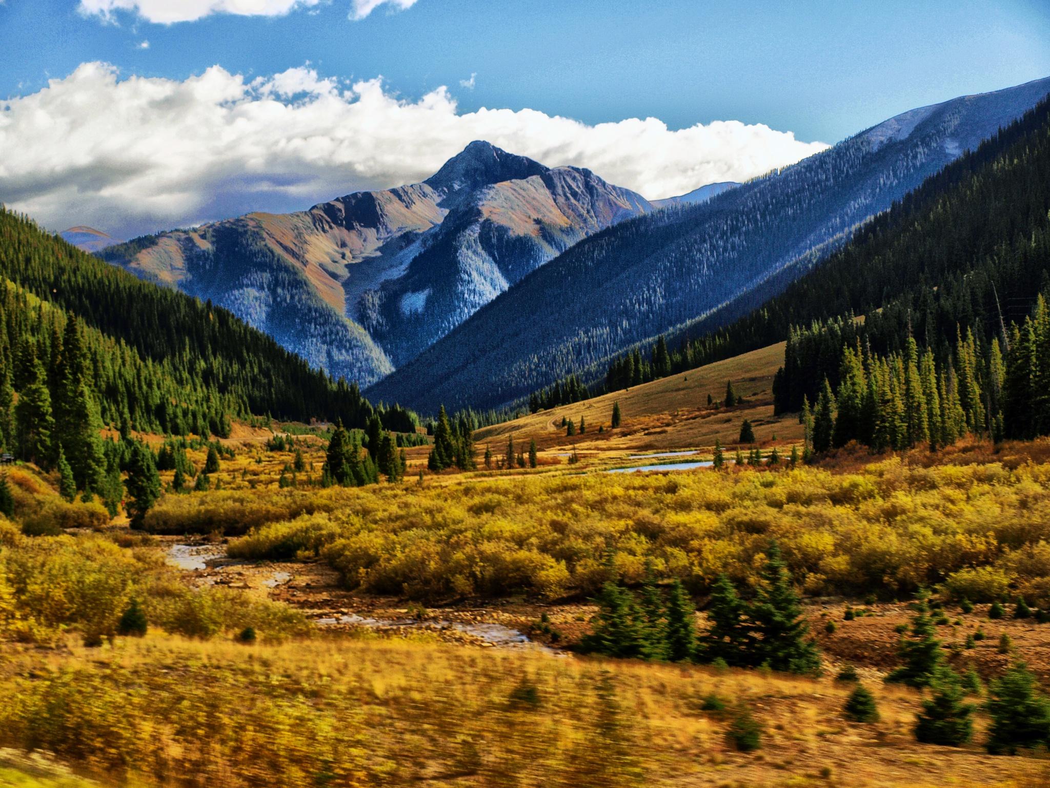 Colorado Valley by Joe Saladino