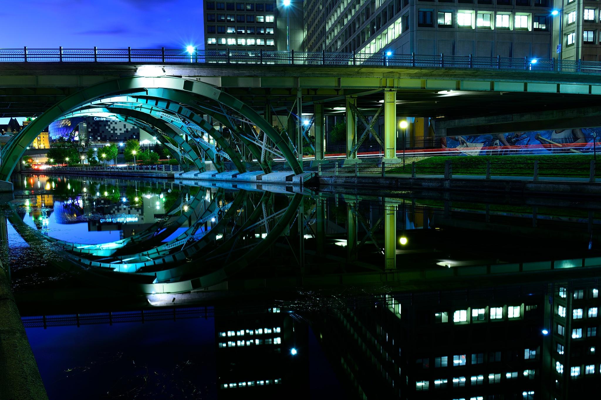 Bridge Reflection  by tamasergy