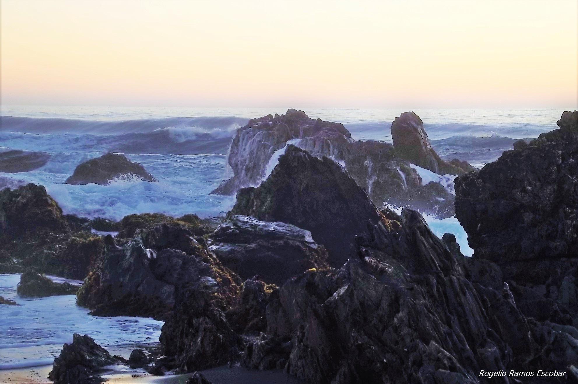 Océano Pacífico by Rogelio Ramos Escobar