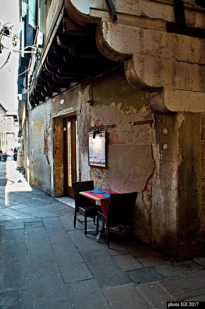 minirestaurant  by Igor Bielický