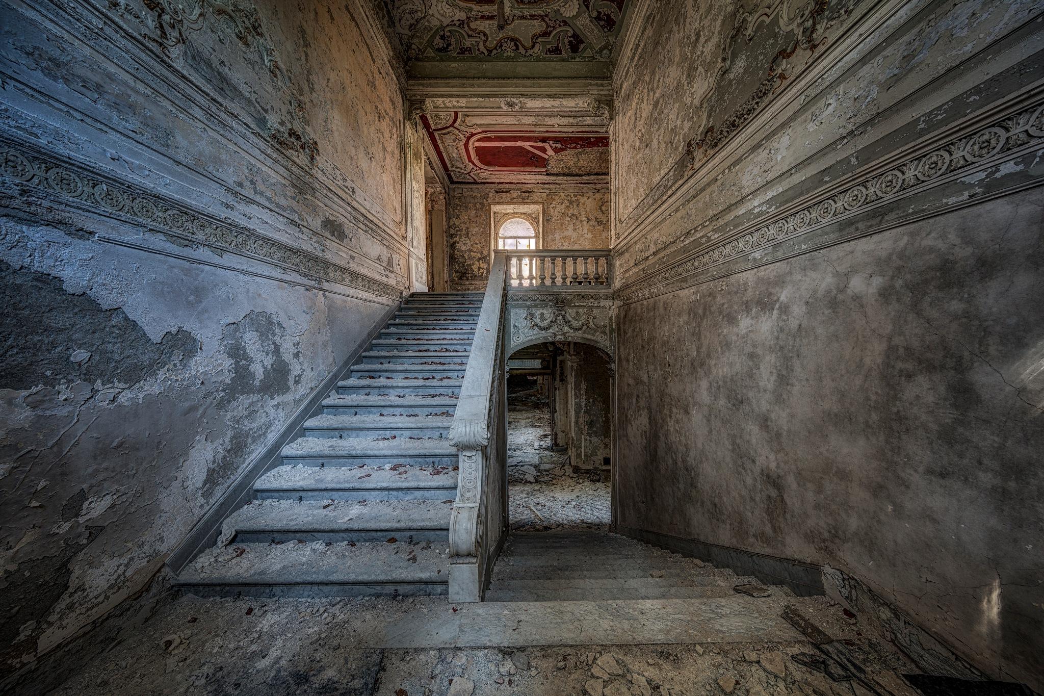 Minetta Stairs by Martin Kriebernegg