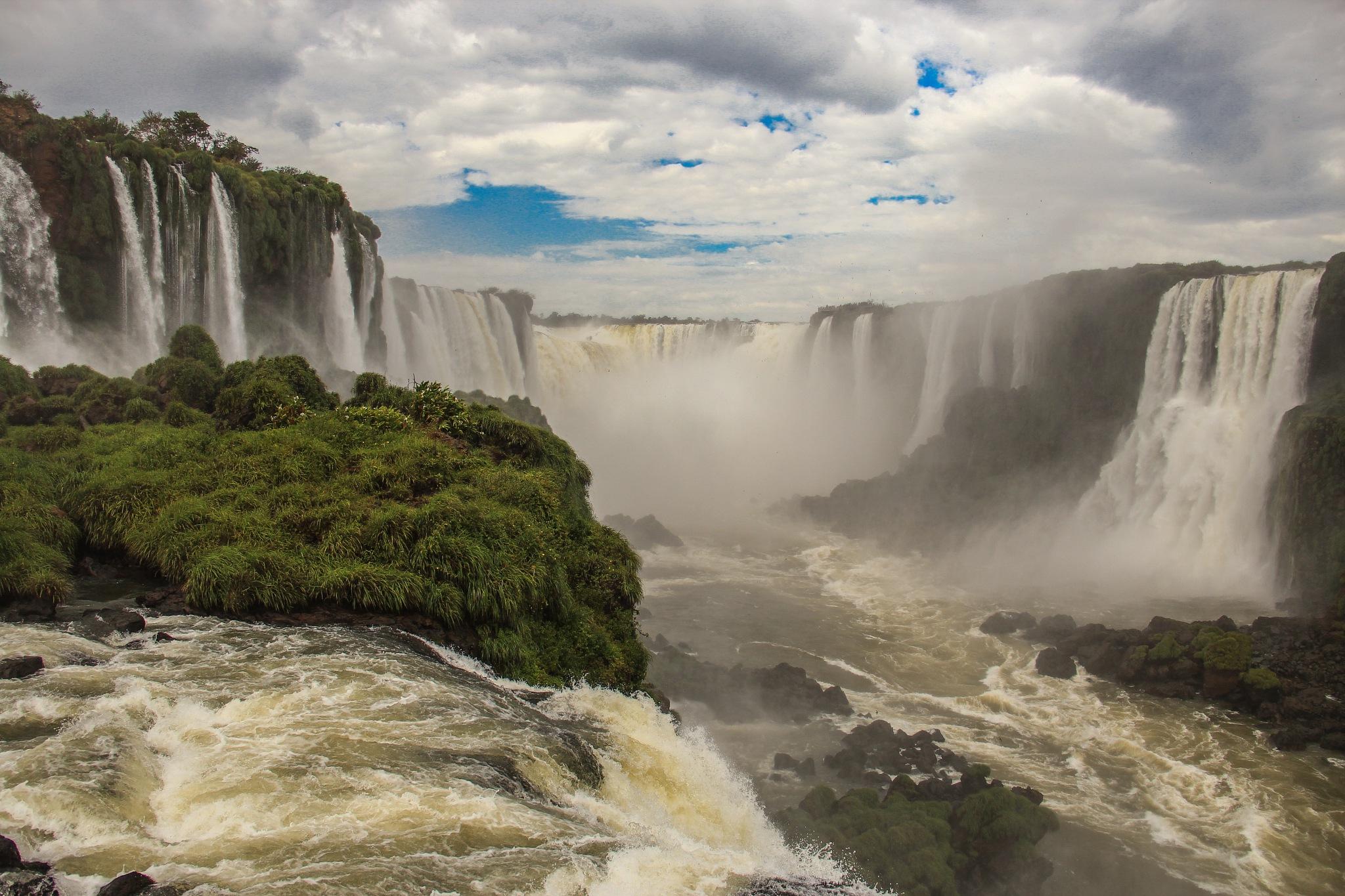 Magical Waterfalls II by Alejandro Daniel Castillo