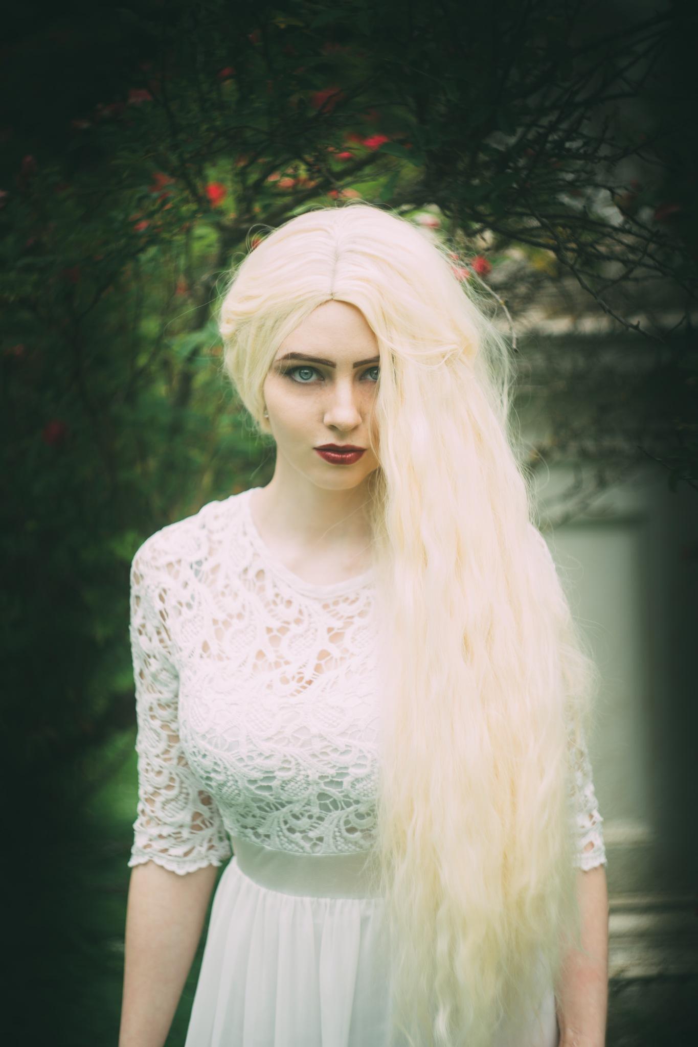 Snow White by AxelF