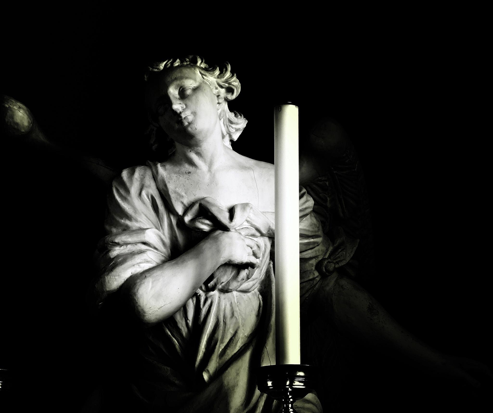 The angel by Giuseppe Criseo