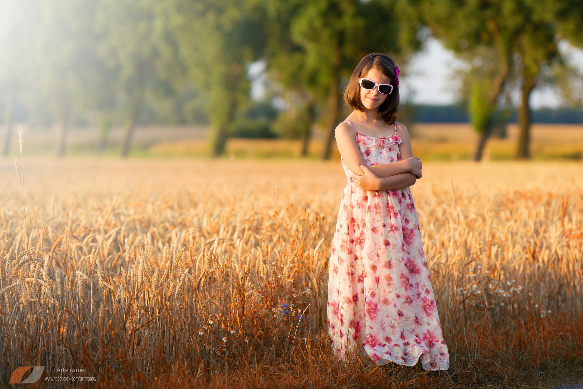 sunglasses by Artur Budny