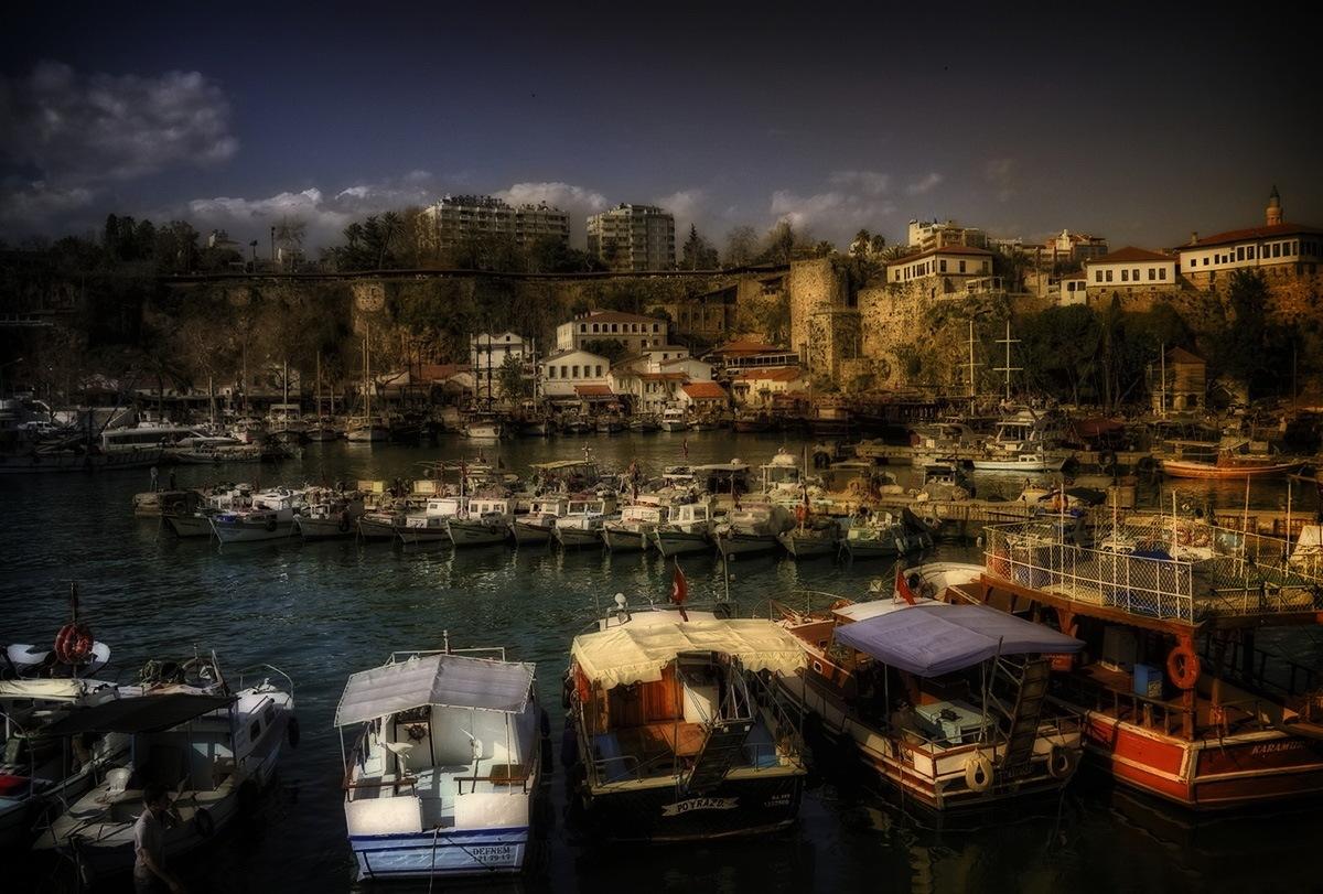 Port Akdeniz - Antalya by zbych41