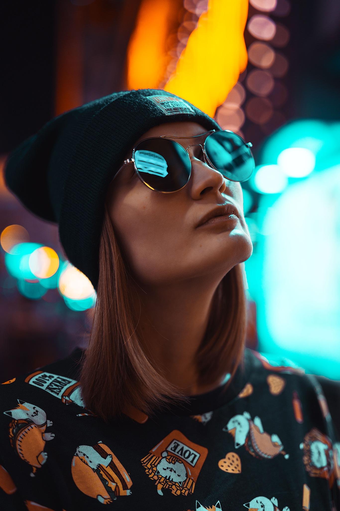 Photo in People #sony #people #portrait #night #light
