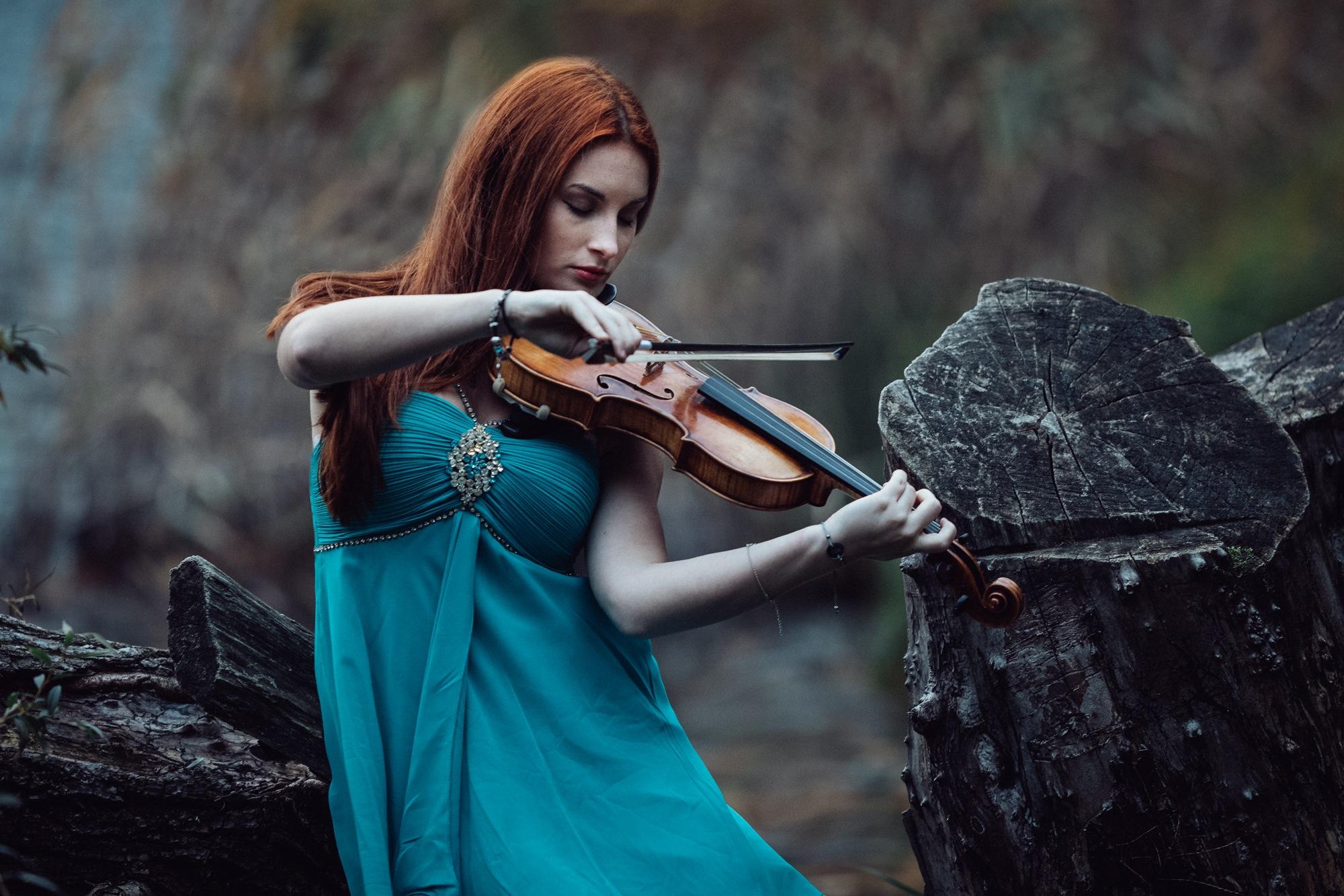 Music heals wounds by StorieInLuce