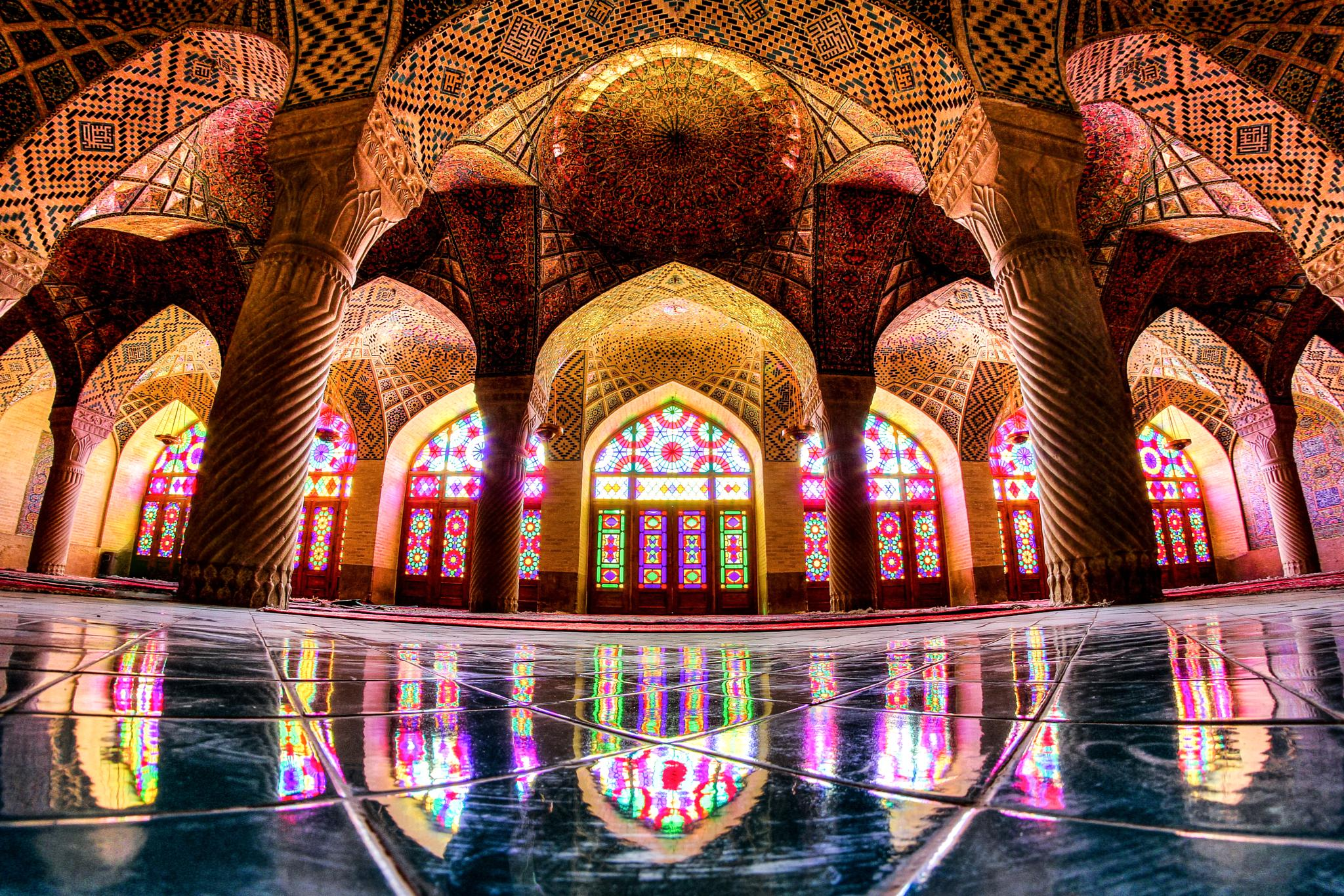 Pink mosque by gravity