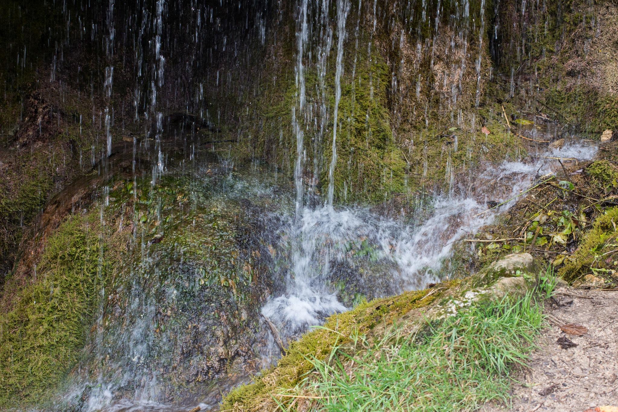 Wasserfall by fritshendriksfotografie