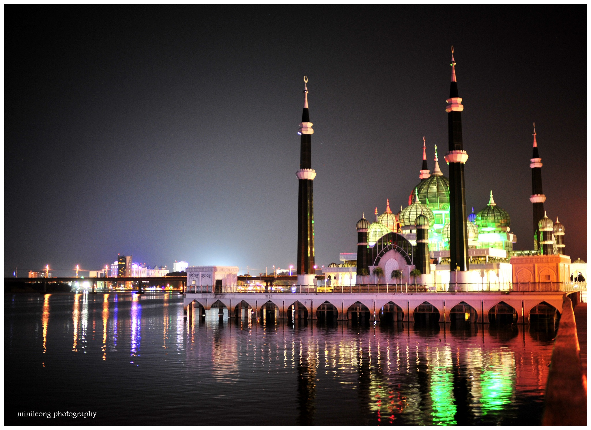 Beauty of Malaysia 02: Floating Crystal Mosque by minileong