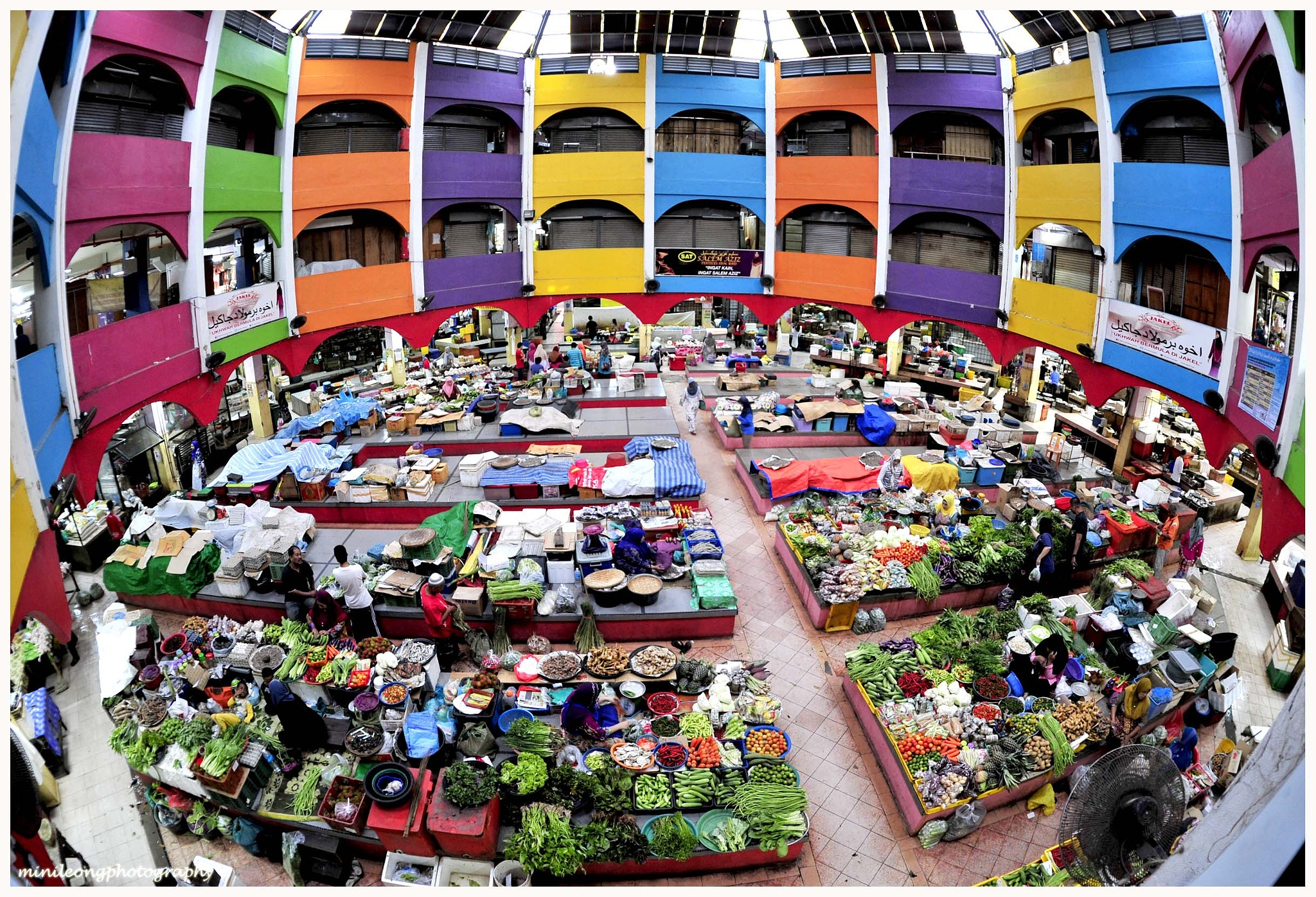 Wet Market of Kota Bahru by minileong