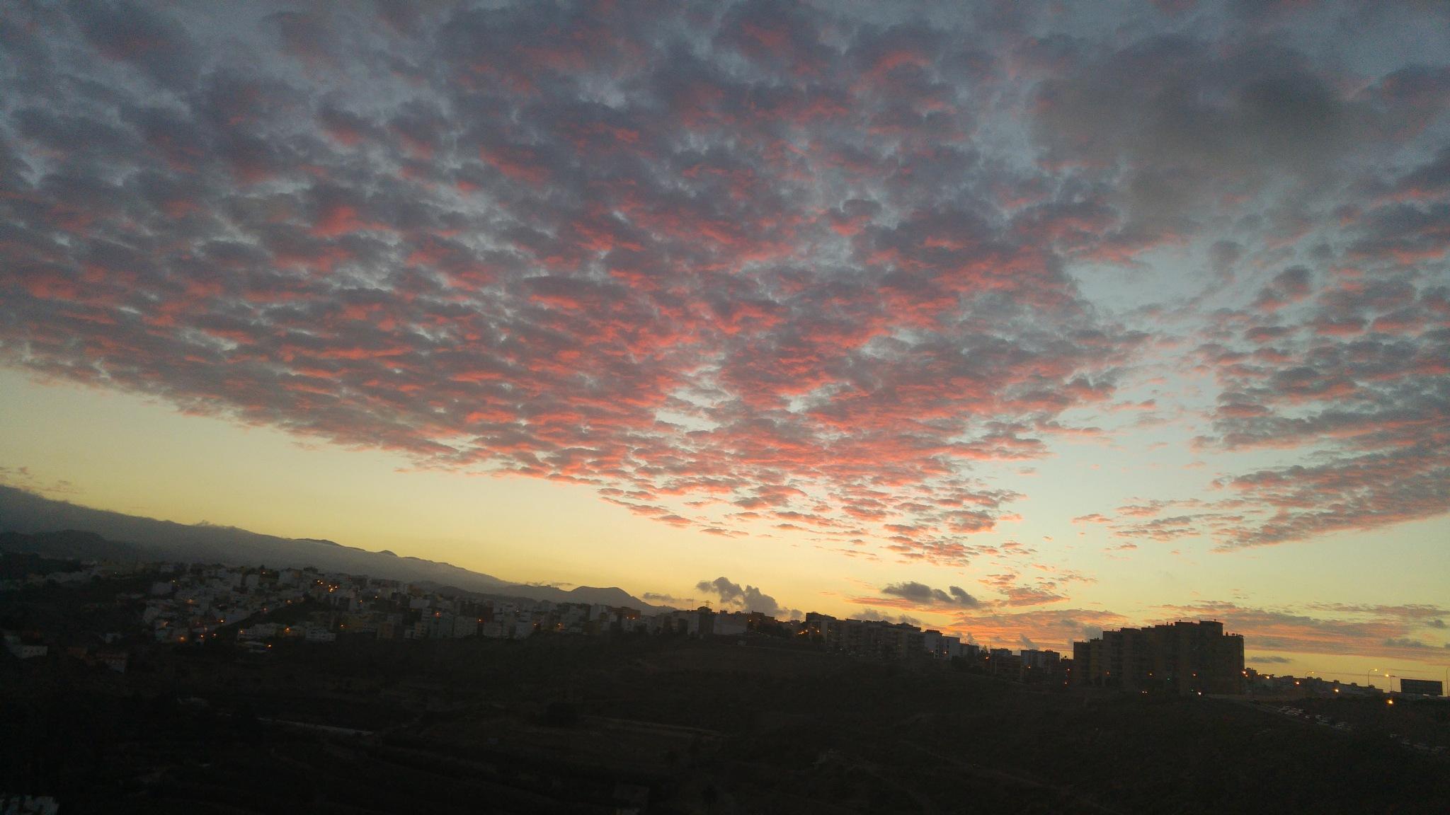 Beautiful sunset by Judy Fiol Núñez