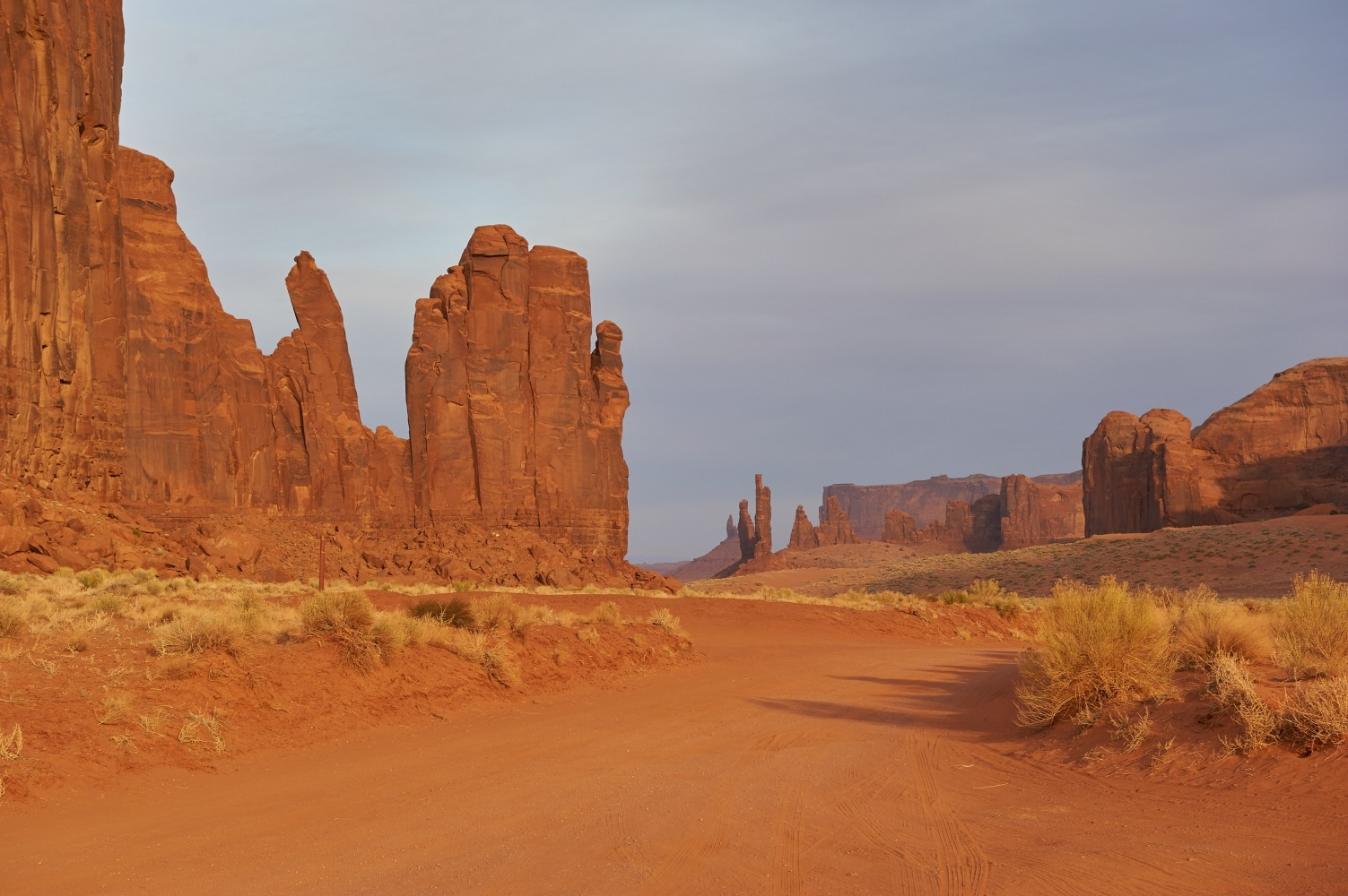 Monument Valley, USA by Filip Molcan